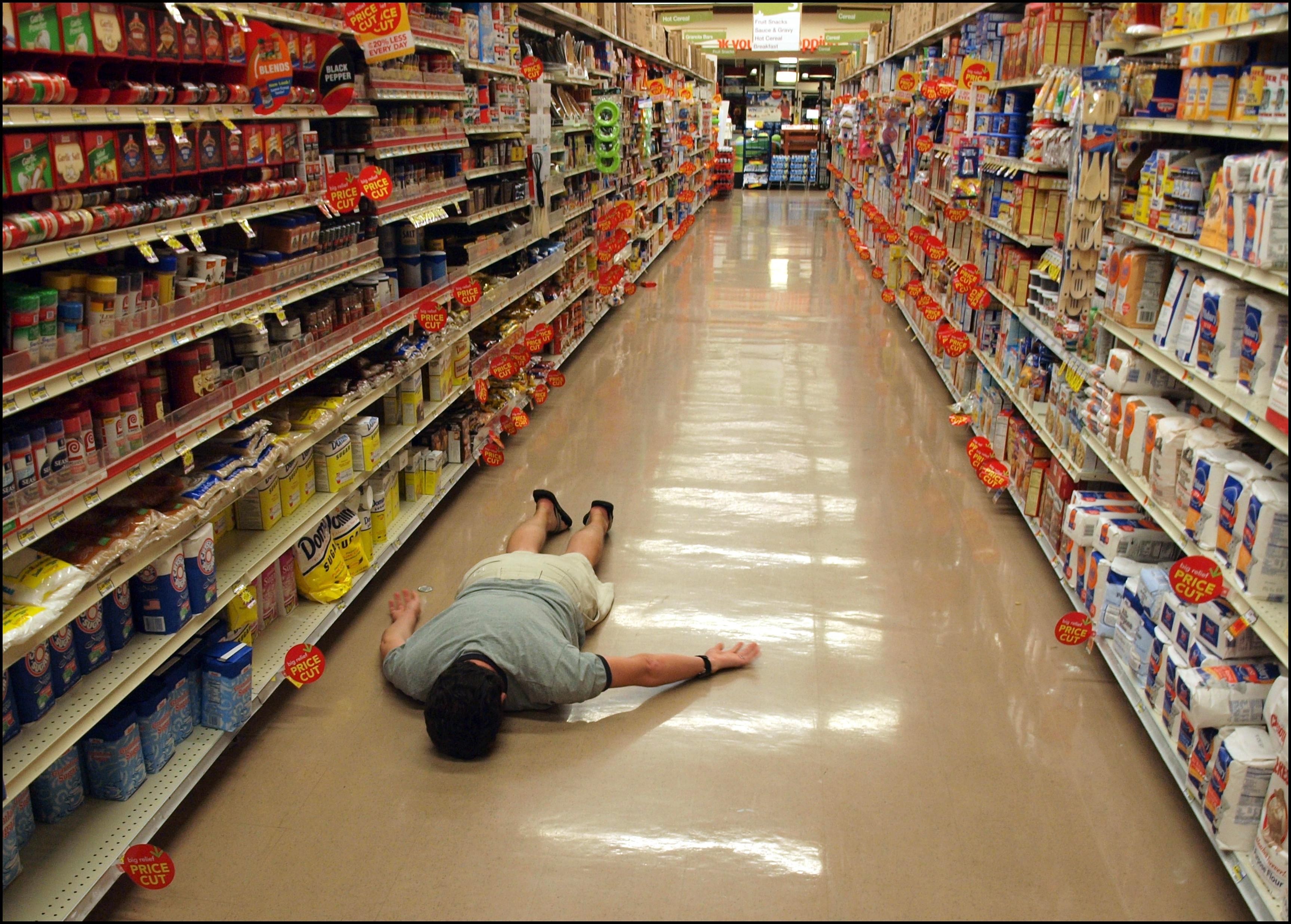 File:Planking in supermarket.jpg - Wikimedia Commons