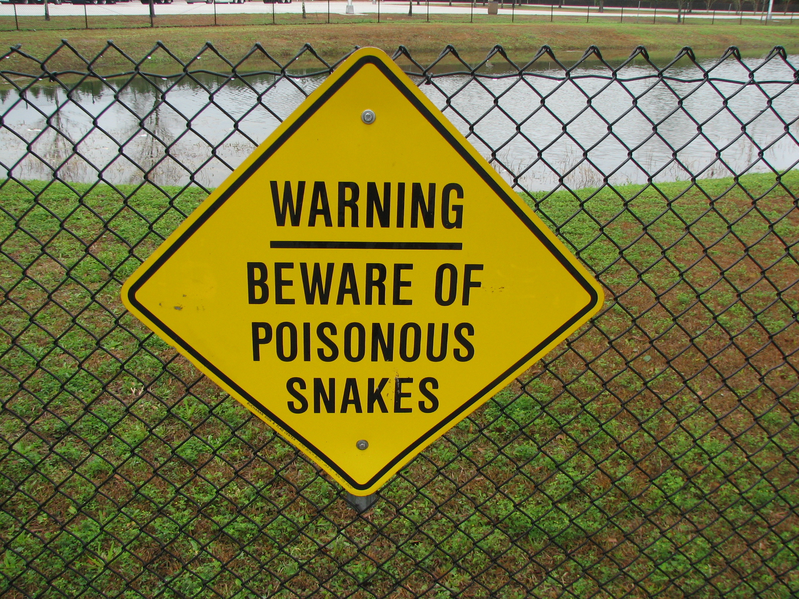 Description poisonous snake warning sign jpg
