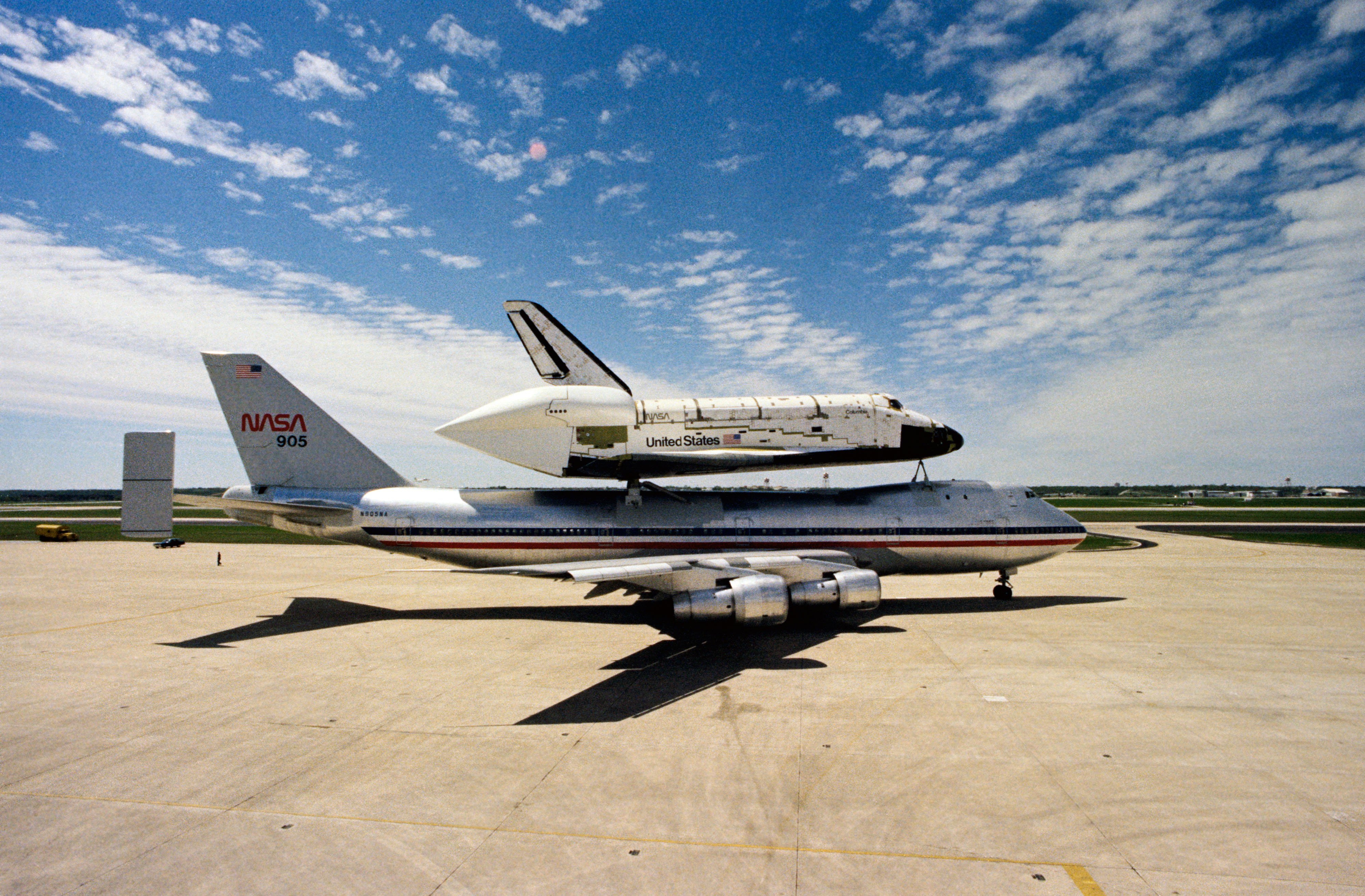 kelly afb space shuttle carrier aircraft - photo #37