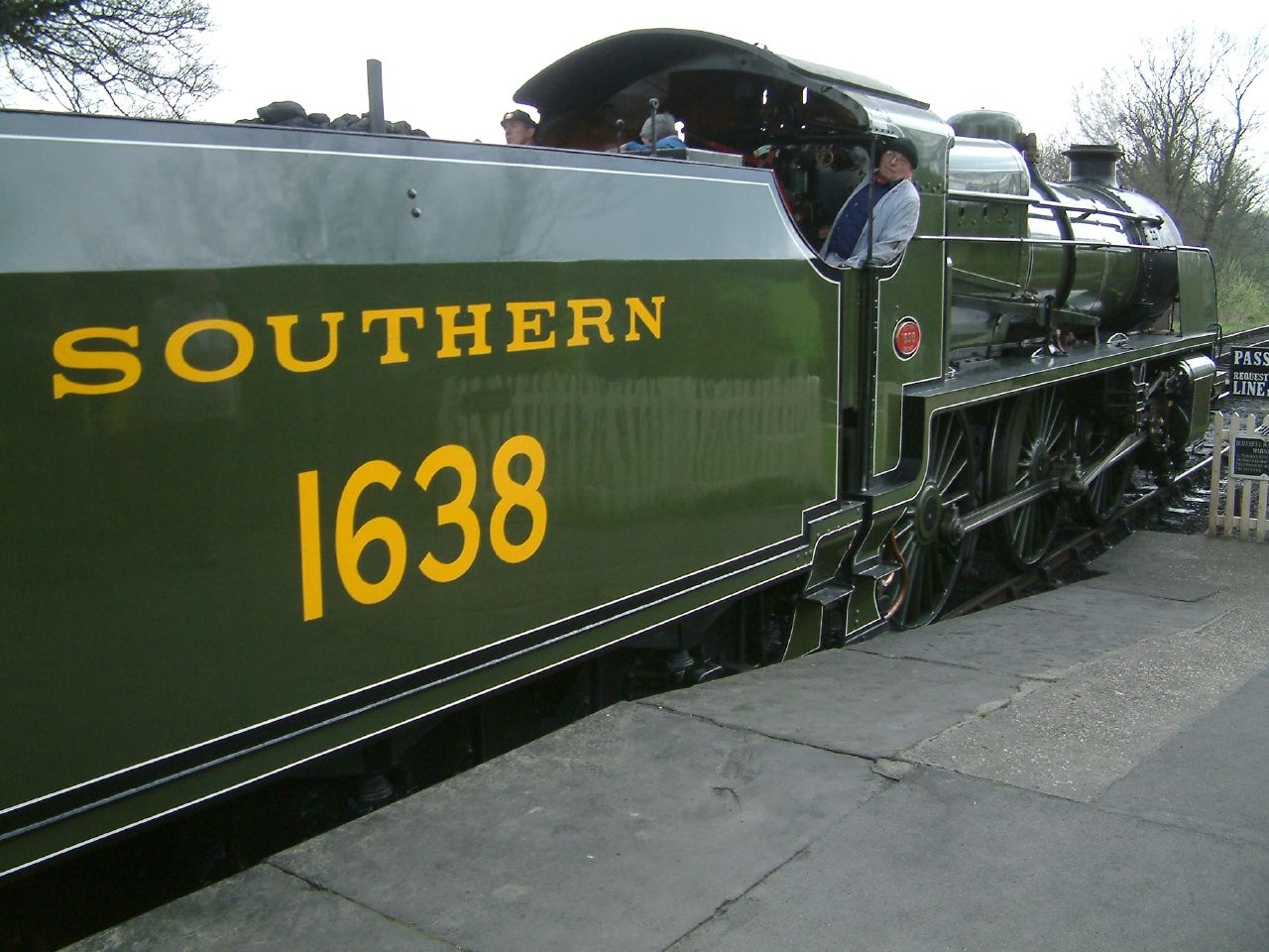File:Southern 1638 Bluebell Railway.jpg