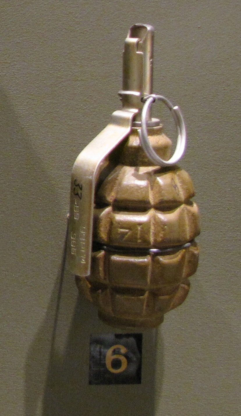 File:Soviet F1 hand grenade jpg - Wikimedia Commons
