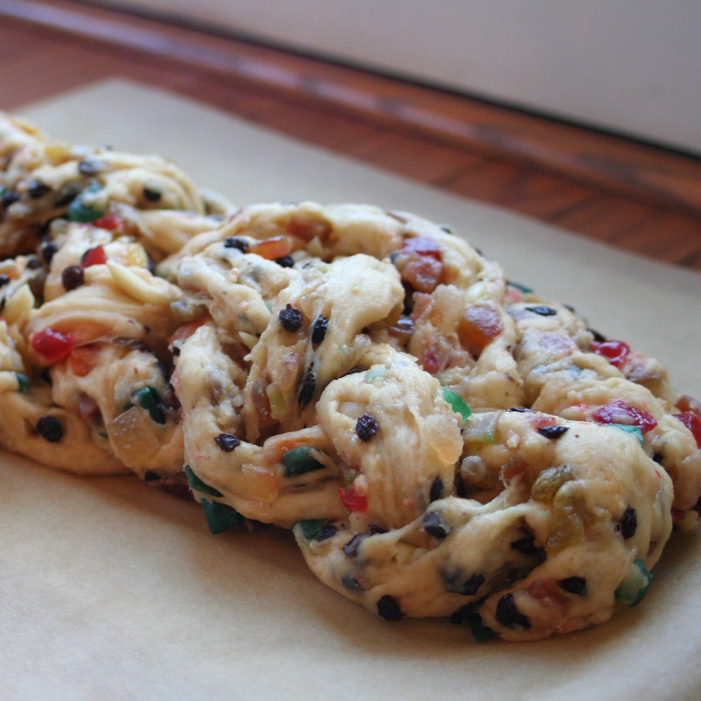 File:Stollen with candied fruits and nuts.jpg - Wikimedia Commons