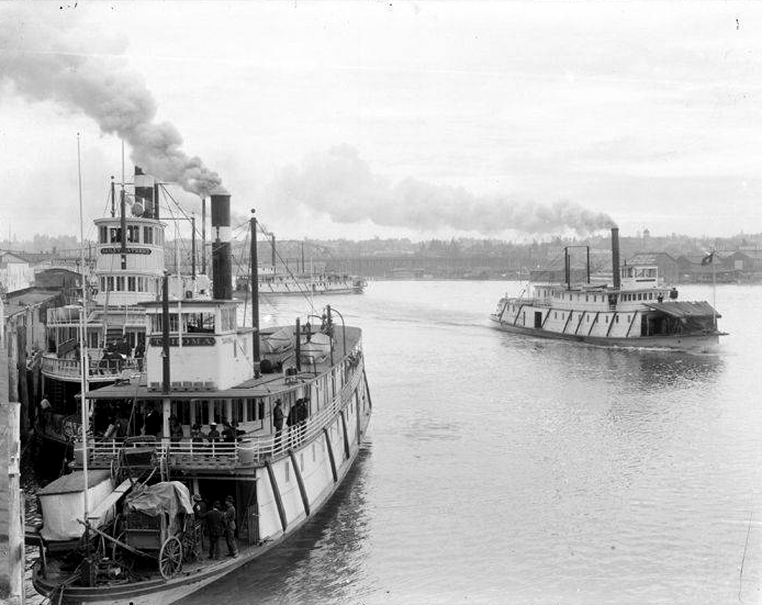 File:Tahoma and Bailey Gatzert (sternwheelers) at Portland OR ca ...