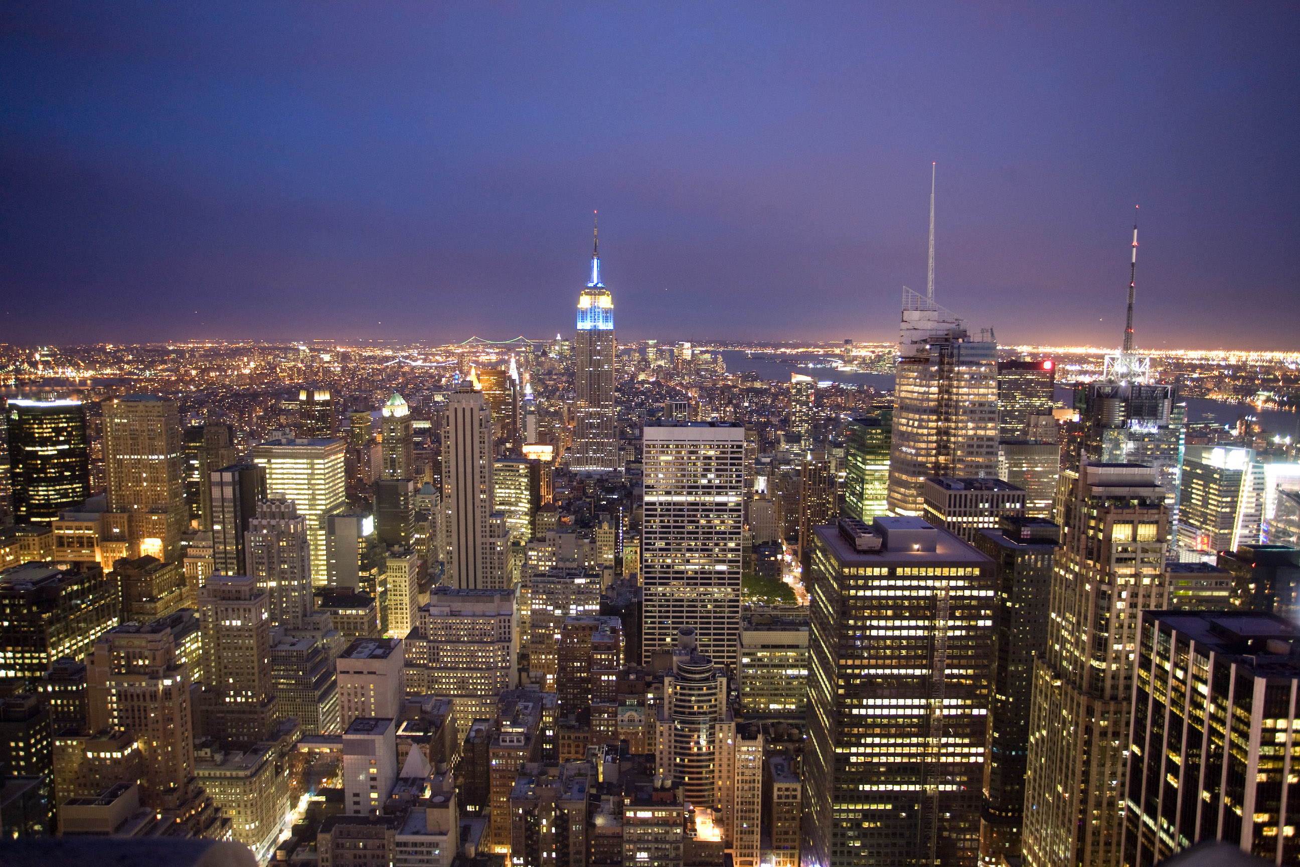 big apple Toronto is often called new york north, canada's answer to the big apple — a  glitzy, fast-paced, world-class city that pulses 24-7 a new crop.