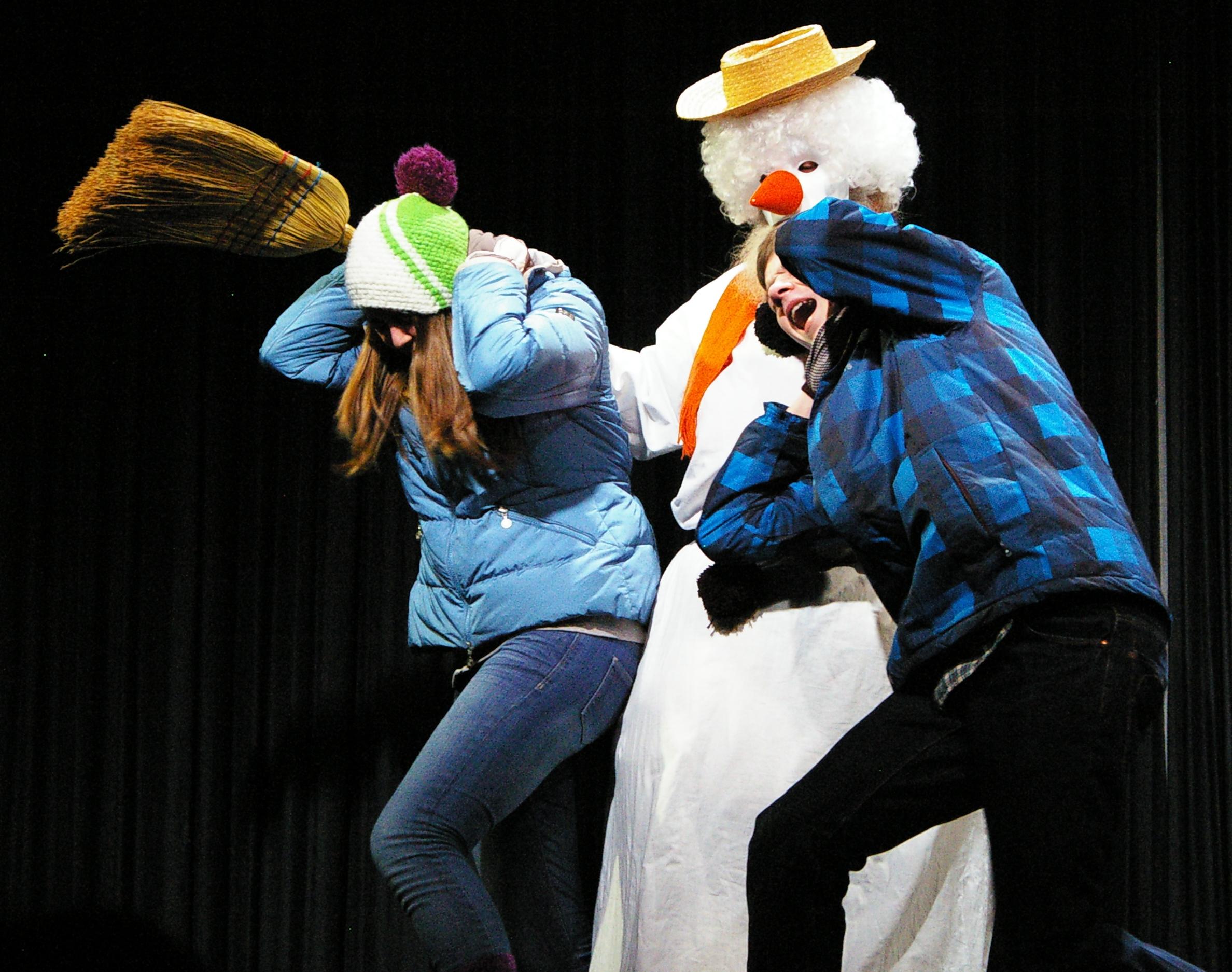 kleine holzhauser, file:theater holzhausen-kindertheater die kleine hexe, Design ideen