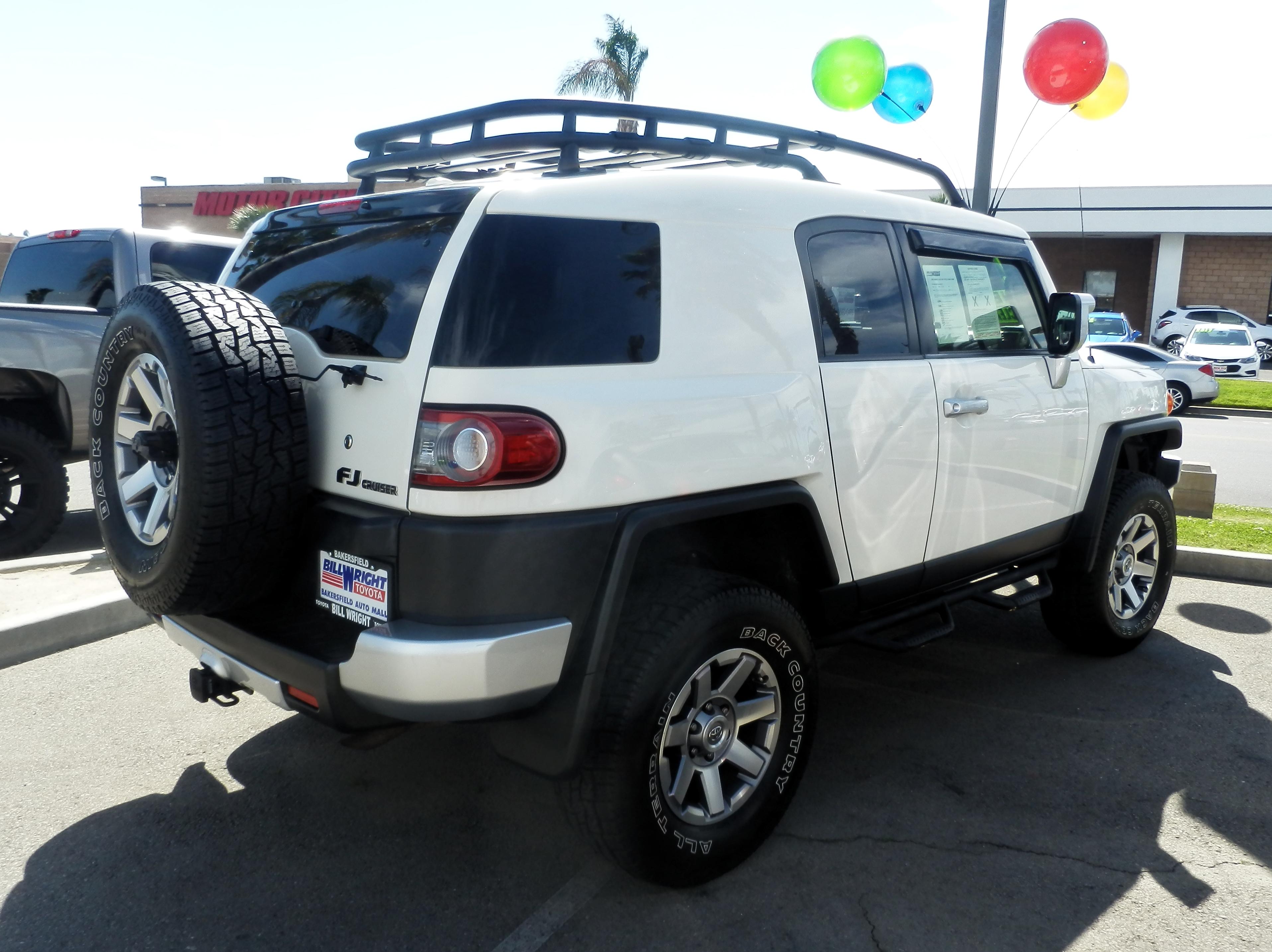 Bakersfield Auto Mall >> Tiedosto Toyota Fj Cruiser Back P4250808 Jpg Wikipedia