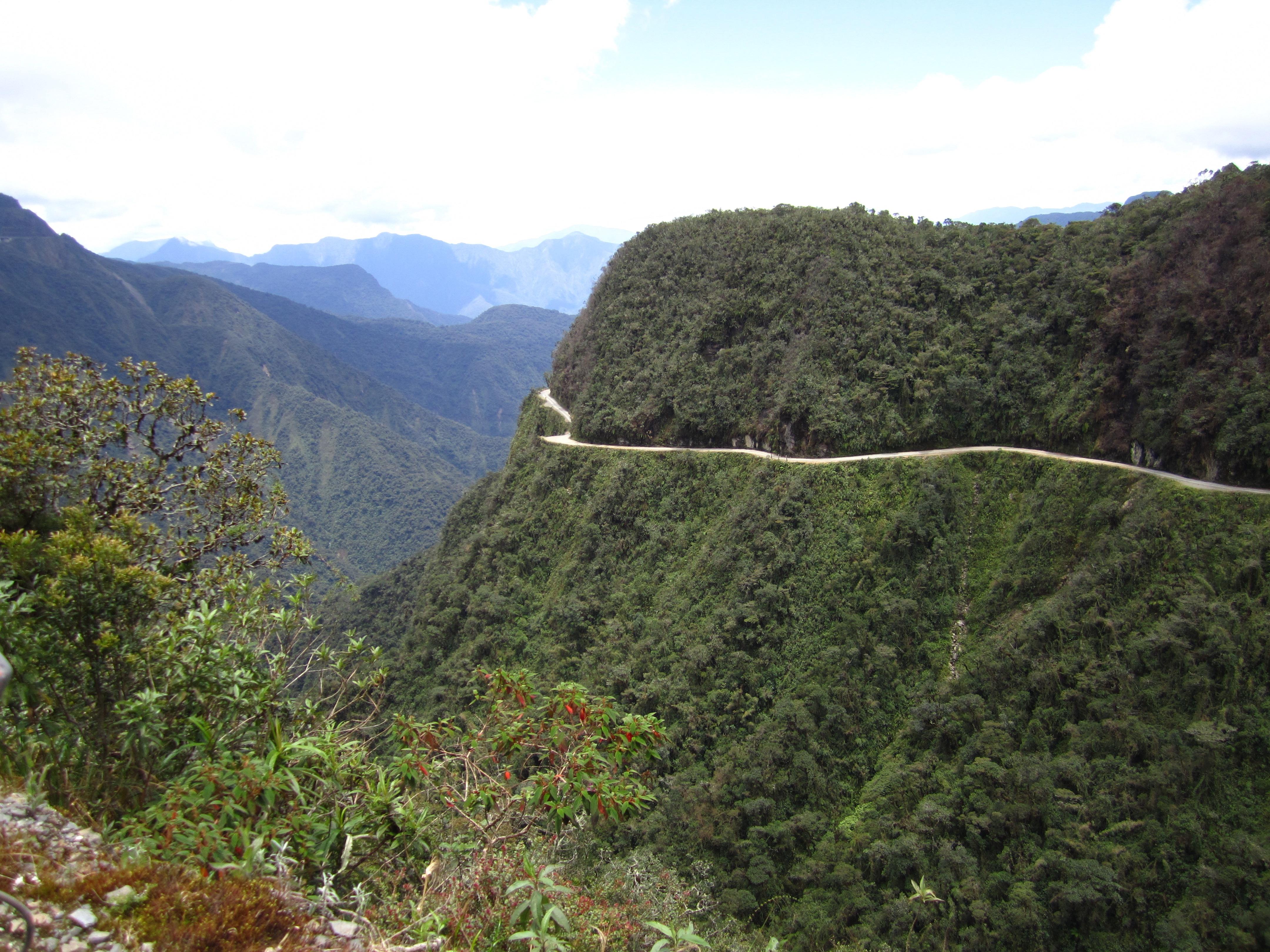Resultado de imagen de Camino de Los Yungas