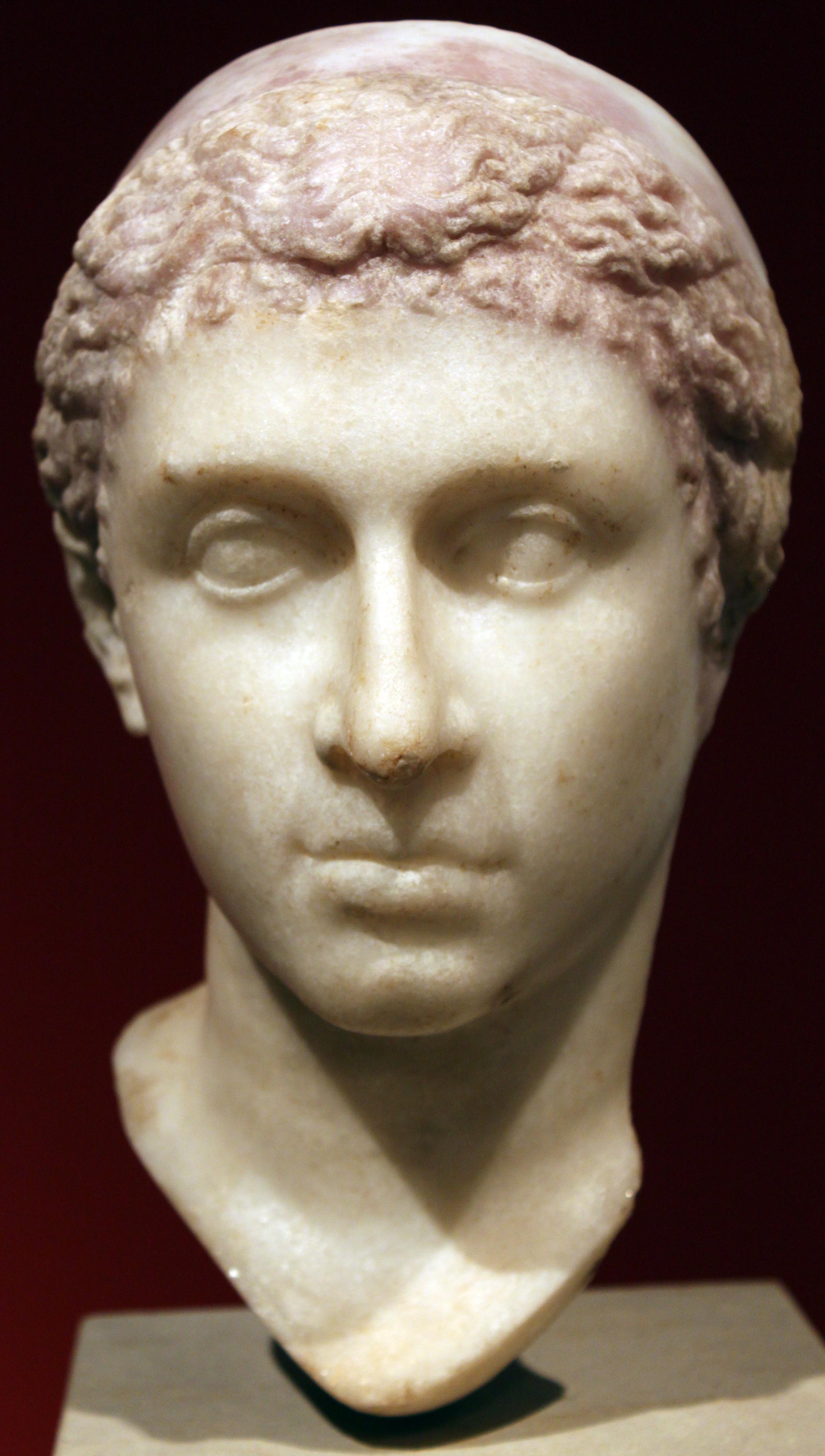 -0035-altes-museum-portrait-kleopatra-vii-anagoria