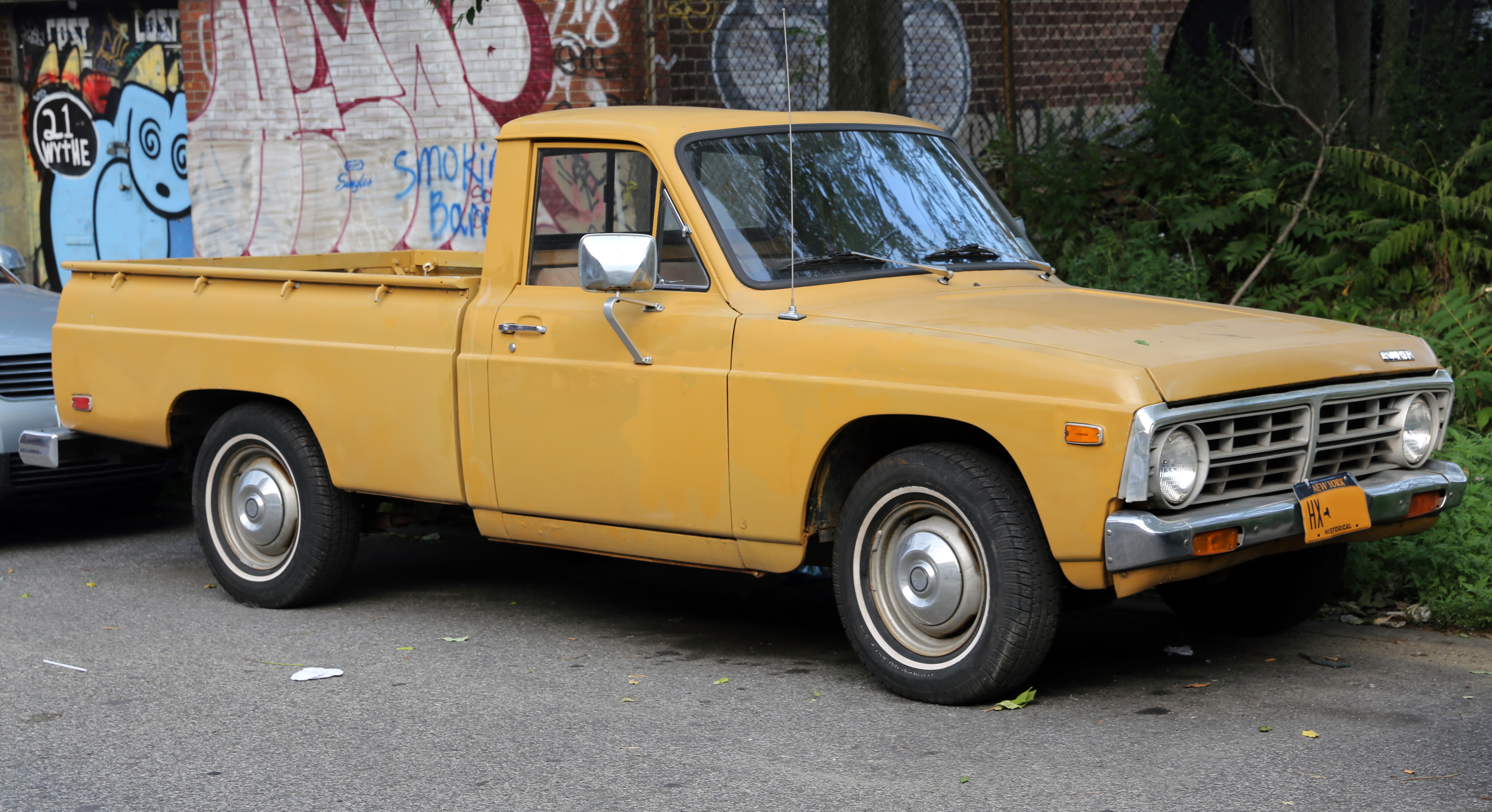 file 1972 ford courier front wikimedia commons. Black Bedroom Furniture Sets. Home Design Ideas