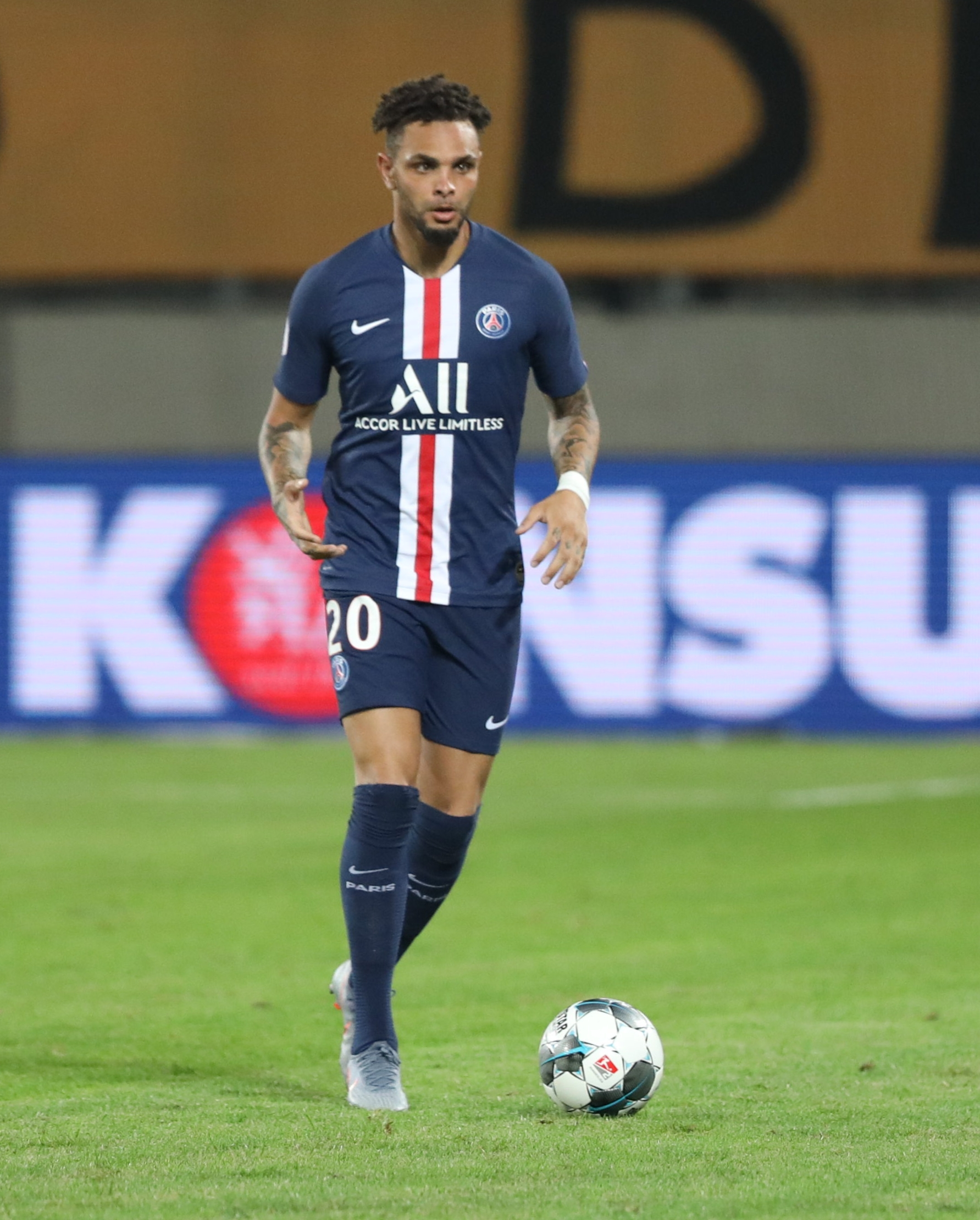 layvin kurzawa wikipedia ligue 1 winner ligue 1 c 18 #15