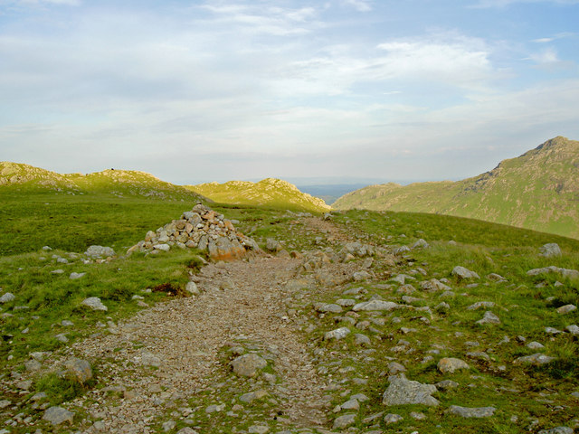 A cairn on the path on Earing Crag - geograph.org.uk - 872247
