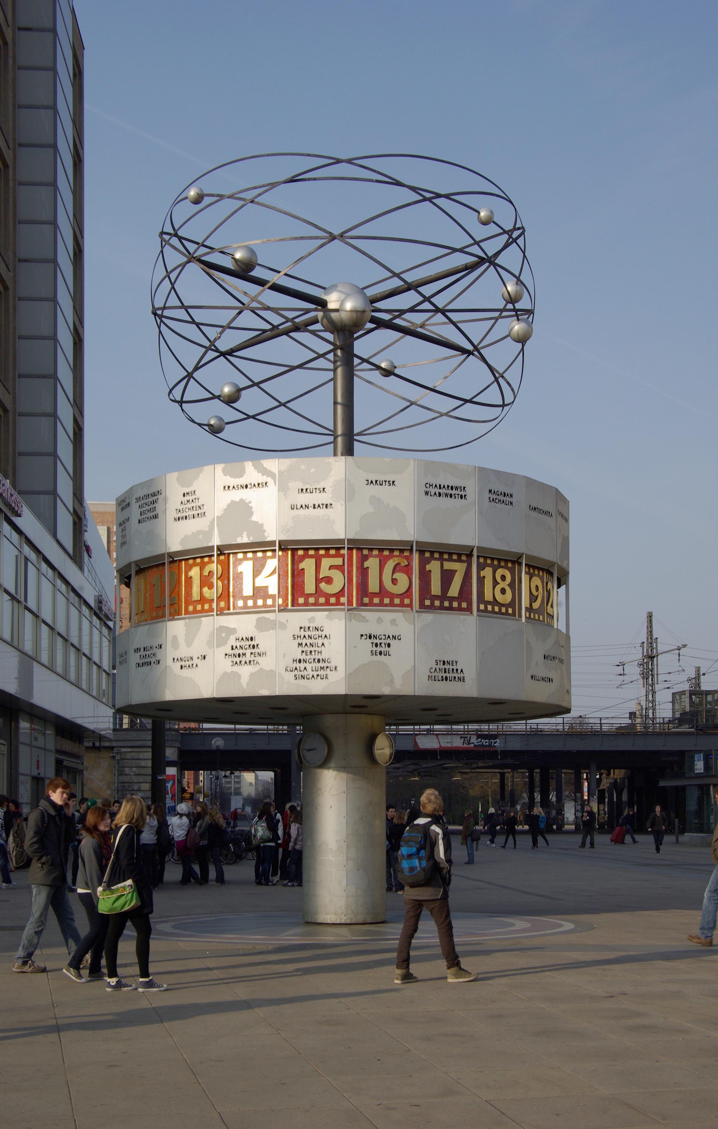 d6f5bf809940 Reloj - Wikipedia