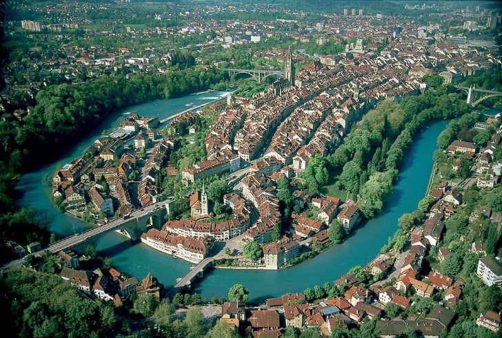 Aerial view of old center of Bern [from Wikipedia]