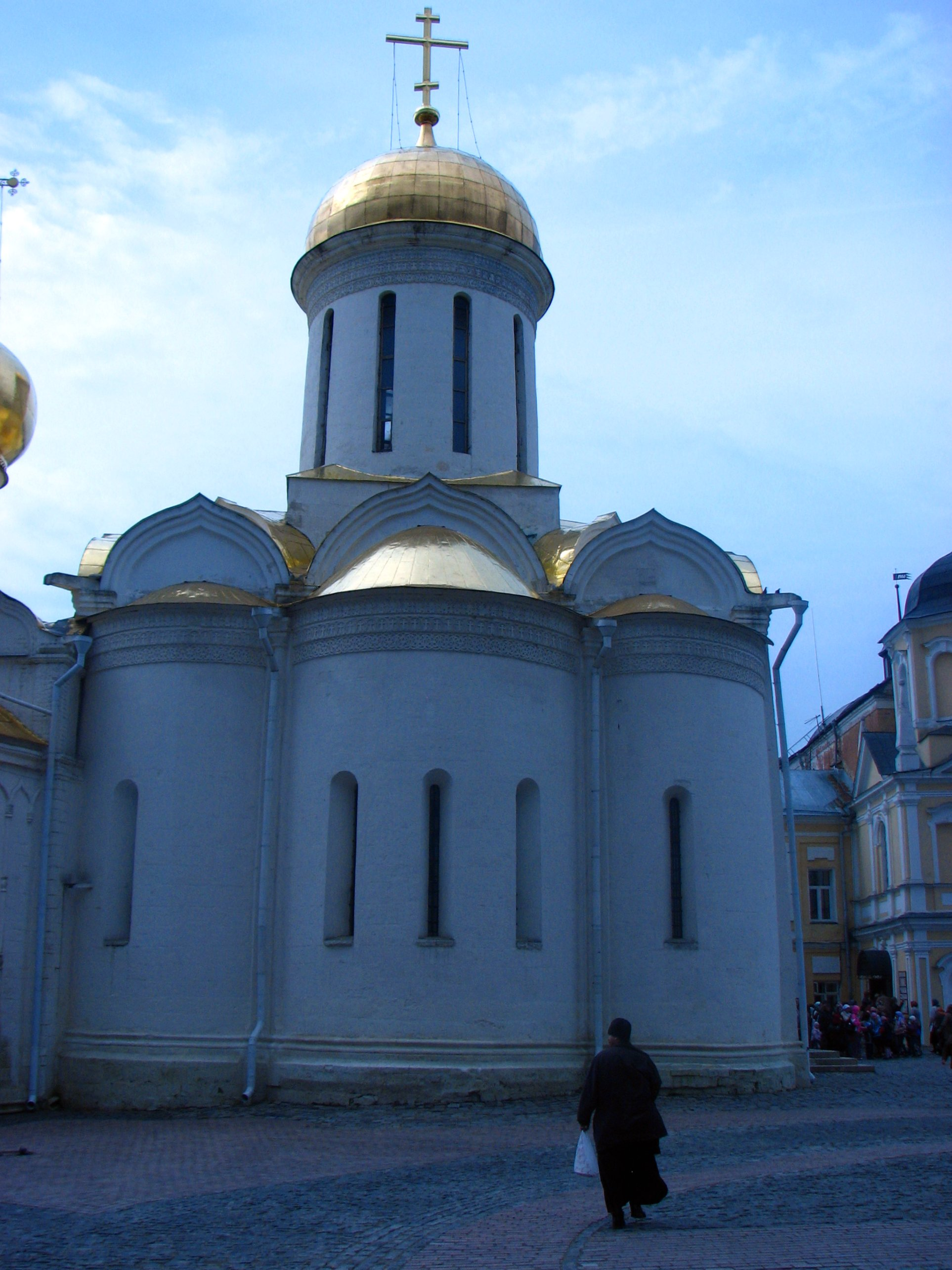 Sergiyev Posad Russia  city images : Church in Sergiyev Posad, Russia Wikimedia Commons