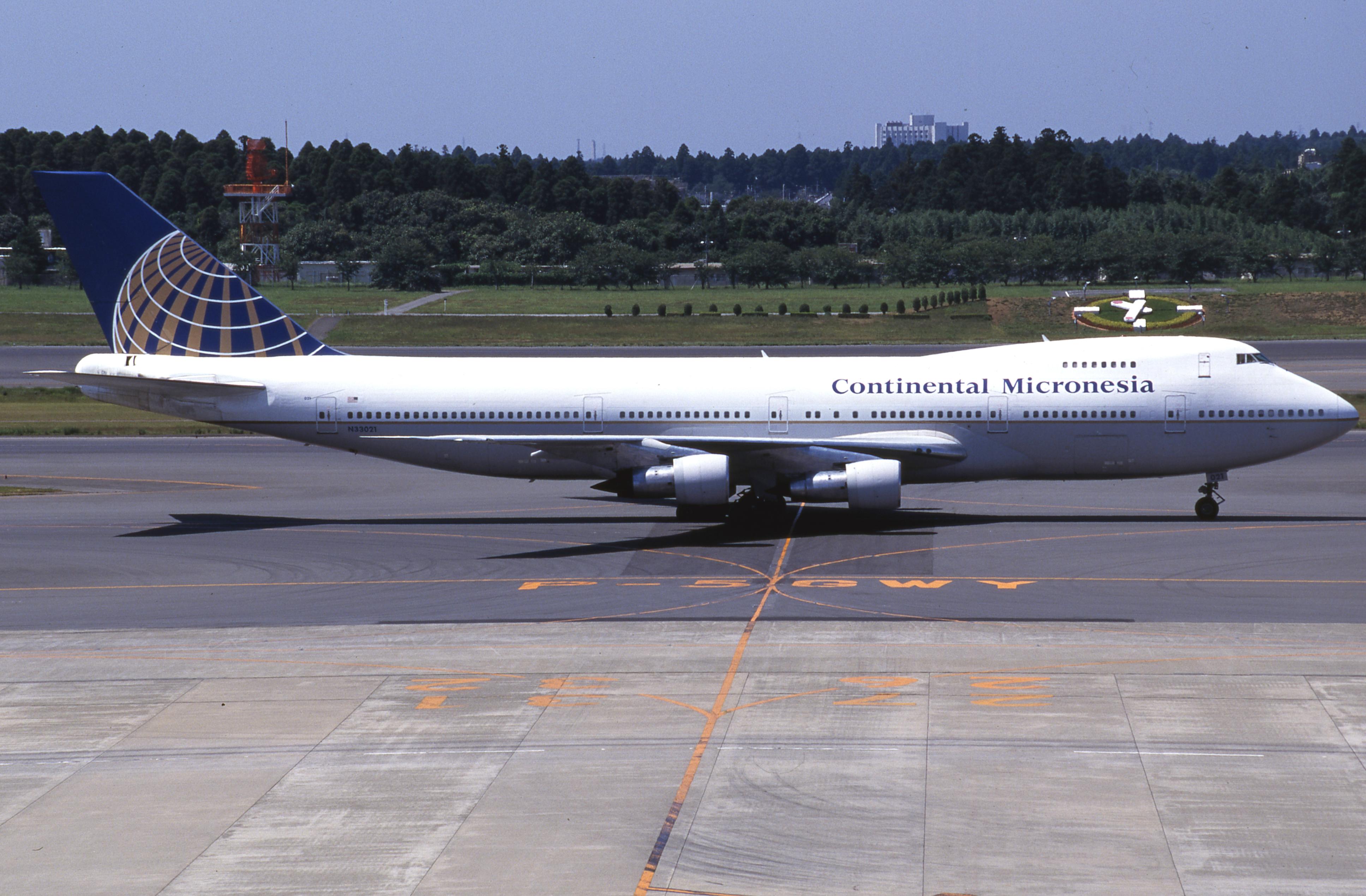 File Continental Micronesia Boeing 747 243b N33021 20520