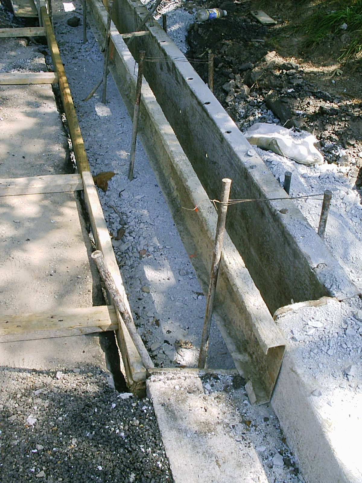 Steel Concrete Forms : File curb metal forms under construction g wikimedia