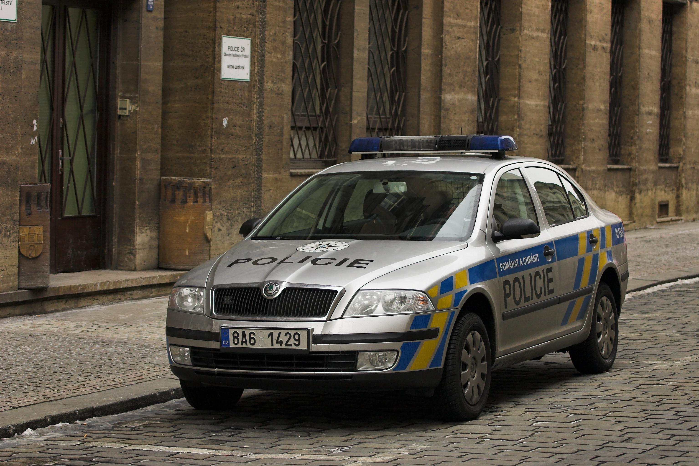 Auto Sale Czech Republic: File:Czech Police Car, 2008 Coloring.jpg