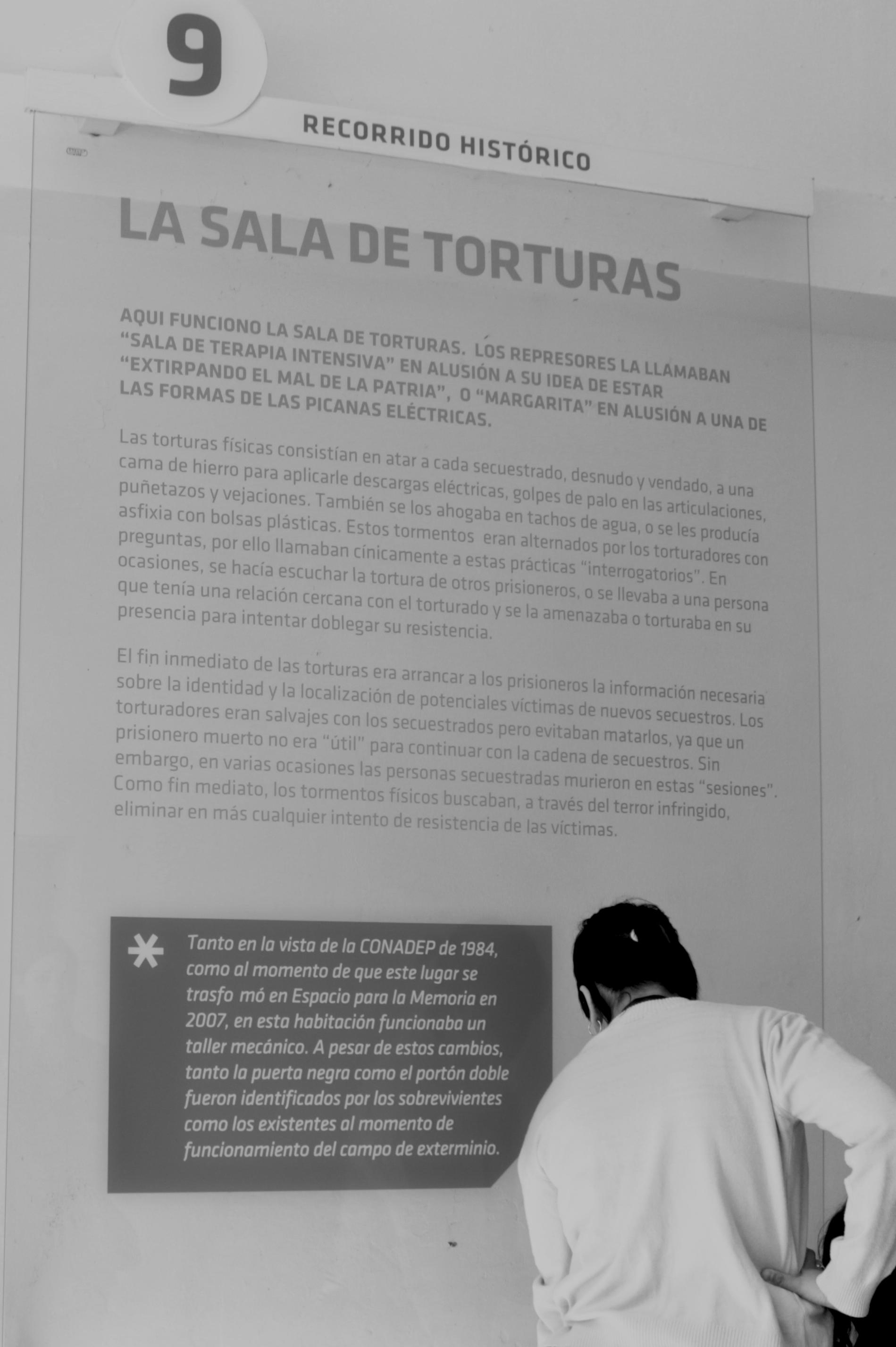 Adicto Estoy orgulloso salto  Archivo:Espacio Para La Memoria La Perla - Córdoba - Niamfrifruli - 05.jpg  - Wikipedia, la enciclopedia libre