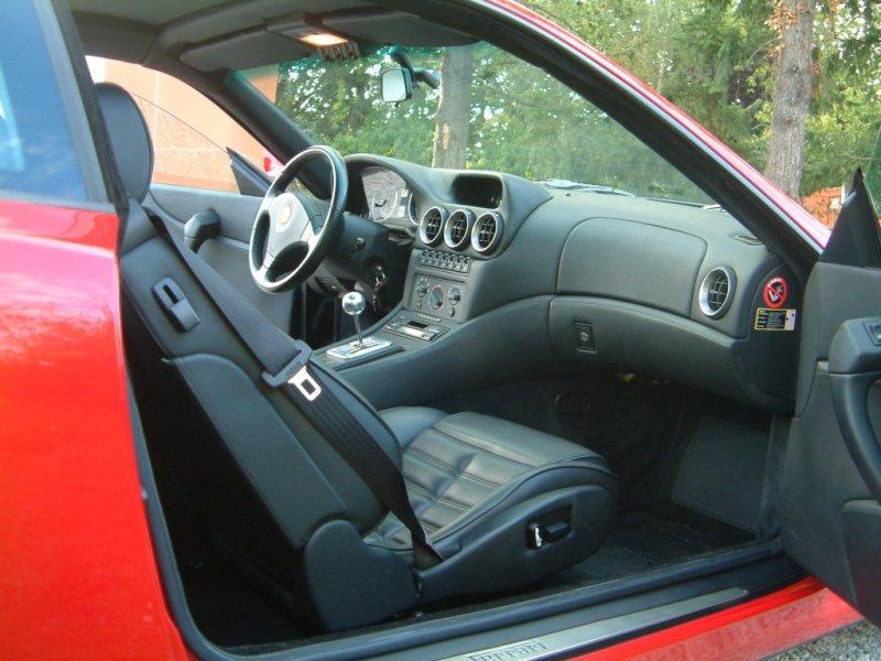 File:Ferrari 550 maranello interieur passager.jpg