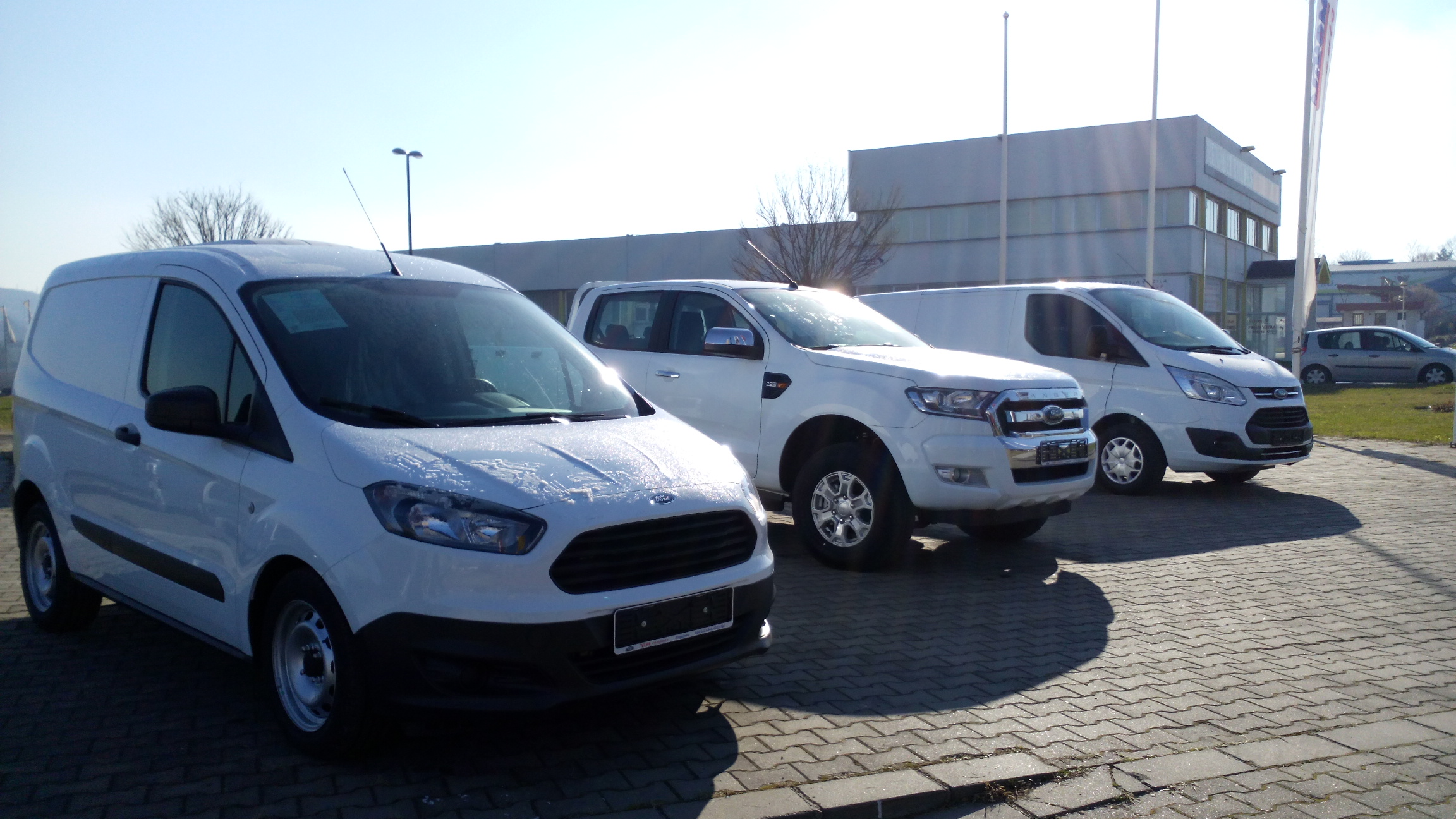 Ford Transit Courier   Wikiwand