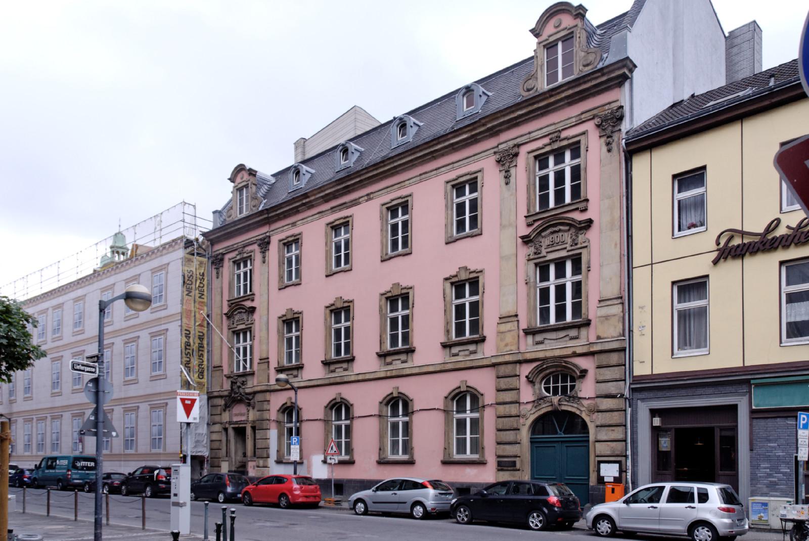 datei gebaeude muehlenstrasse 29 bis 31 in duesseldorf altstadt von wikipedia. Black Bedroom Furniture Sets. Home Design Ideas