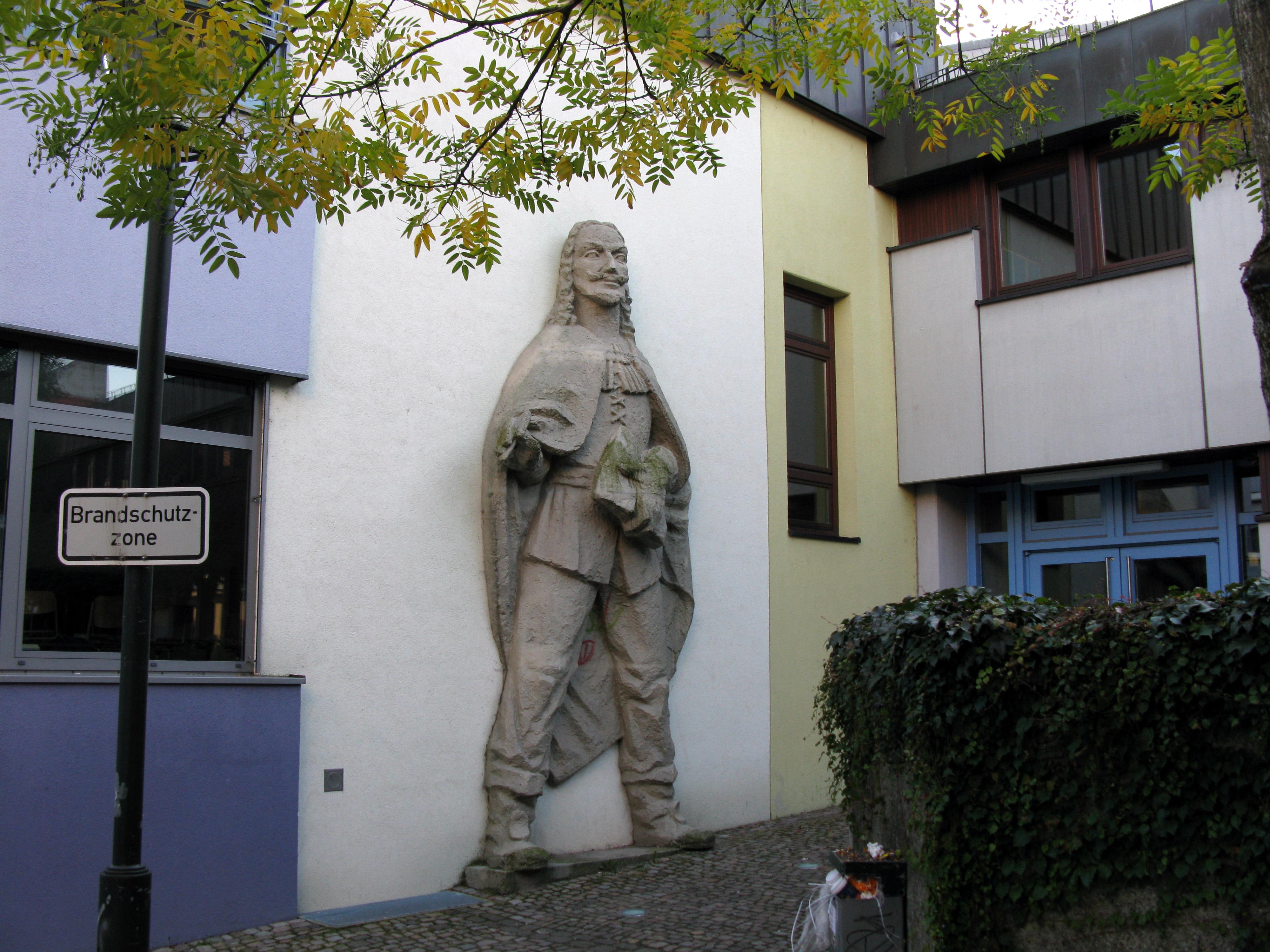 File:Grimmelshausengymnasium.jpg - Wikimedia Commons