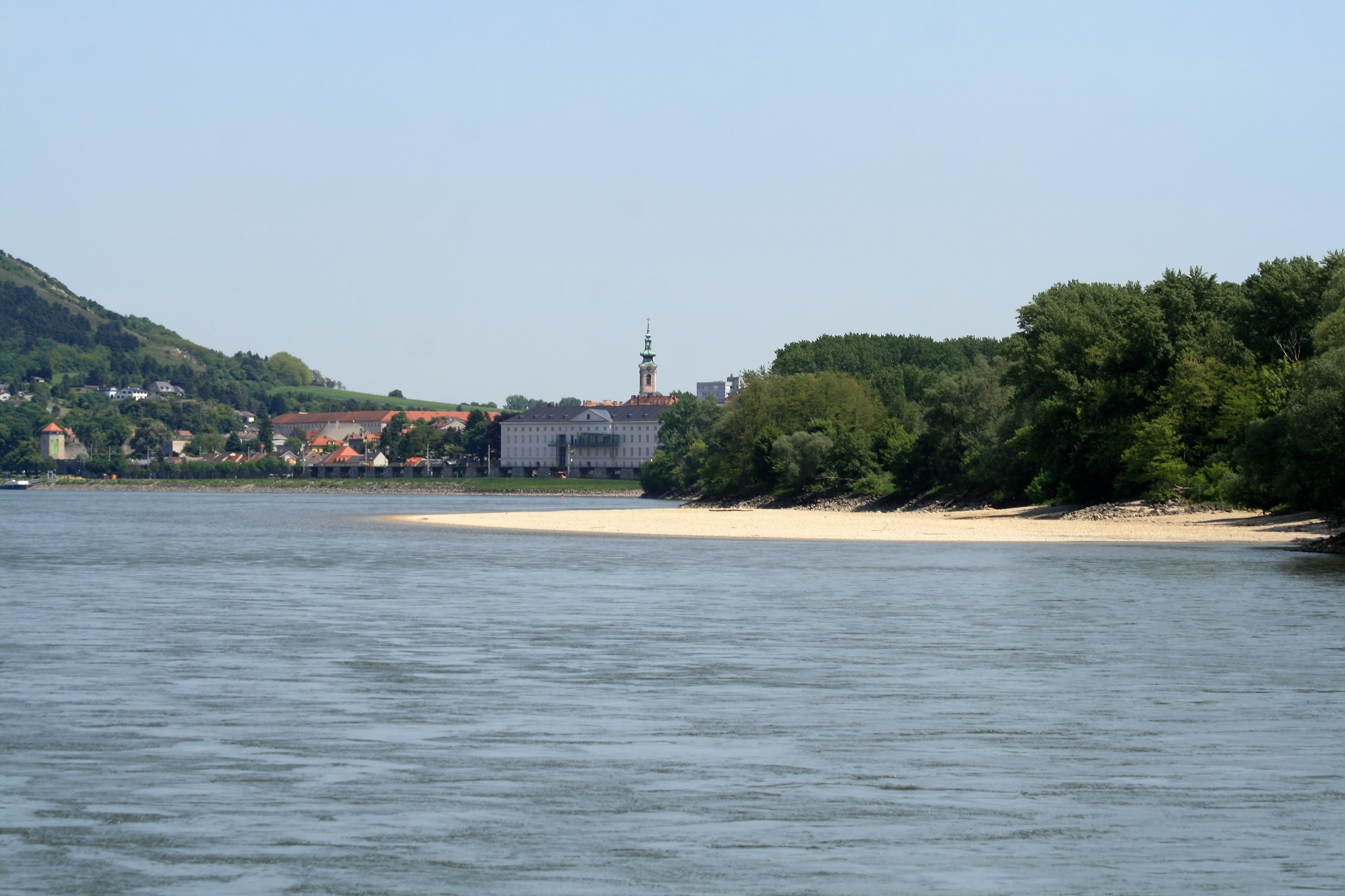 Danube River - Pictures, posters, news and videos on your ...