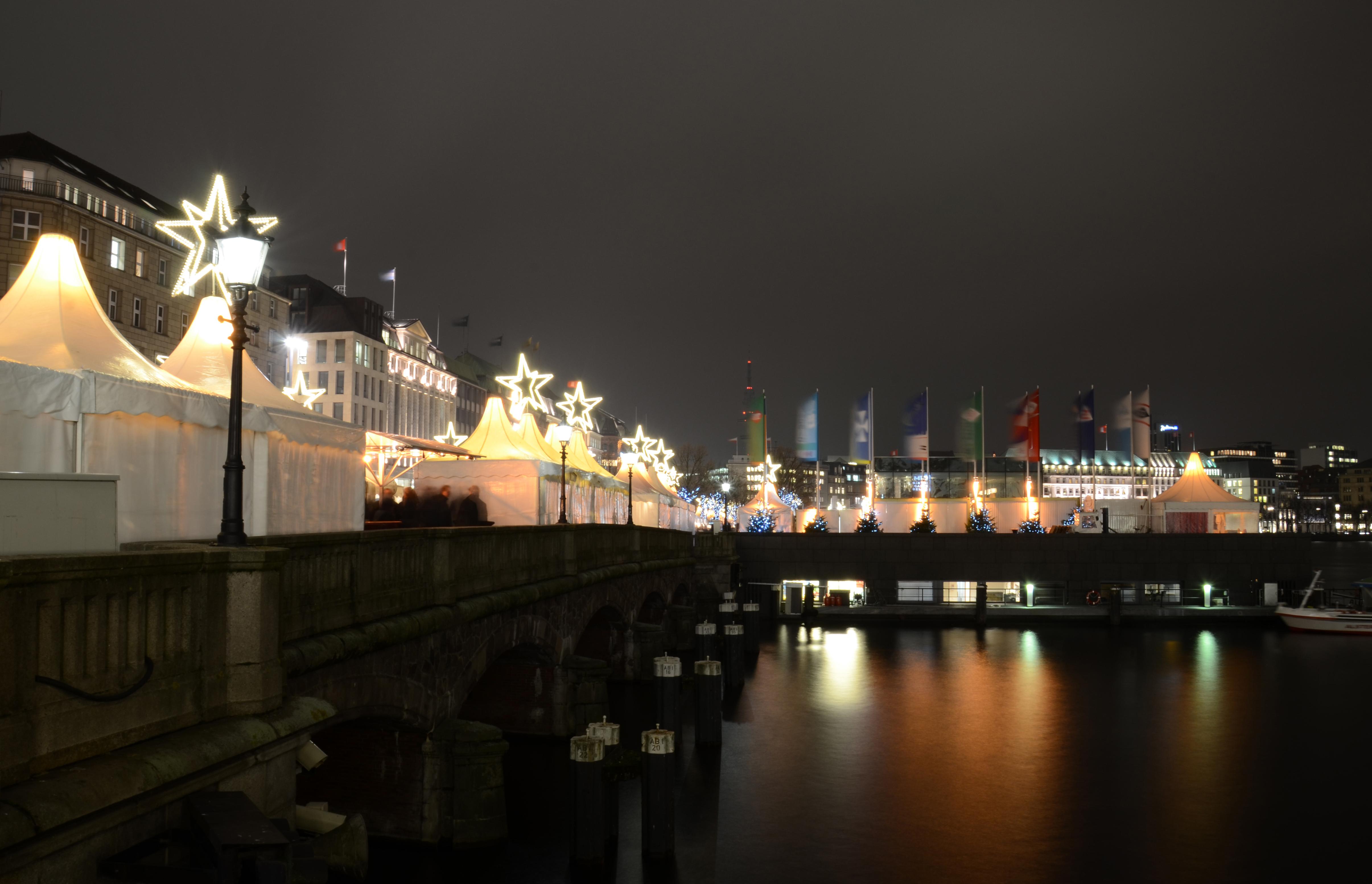 Jungfernstieg Weihnachtsmarkt.File Hamburg Jungfernstieg Weihnachtsmarkt Jpg Wikimedia