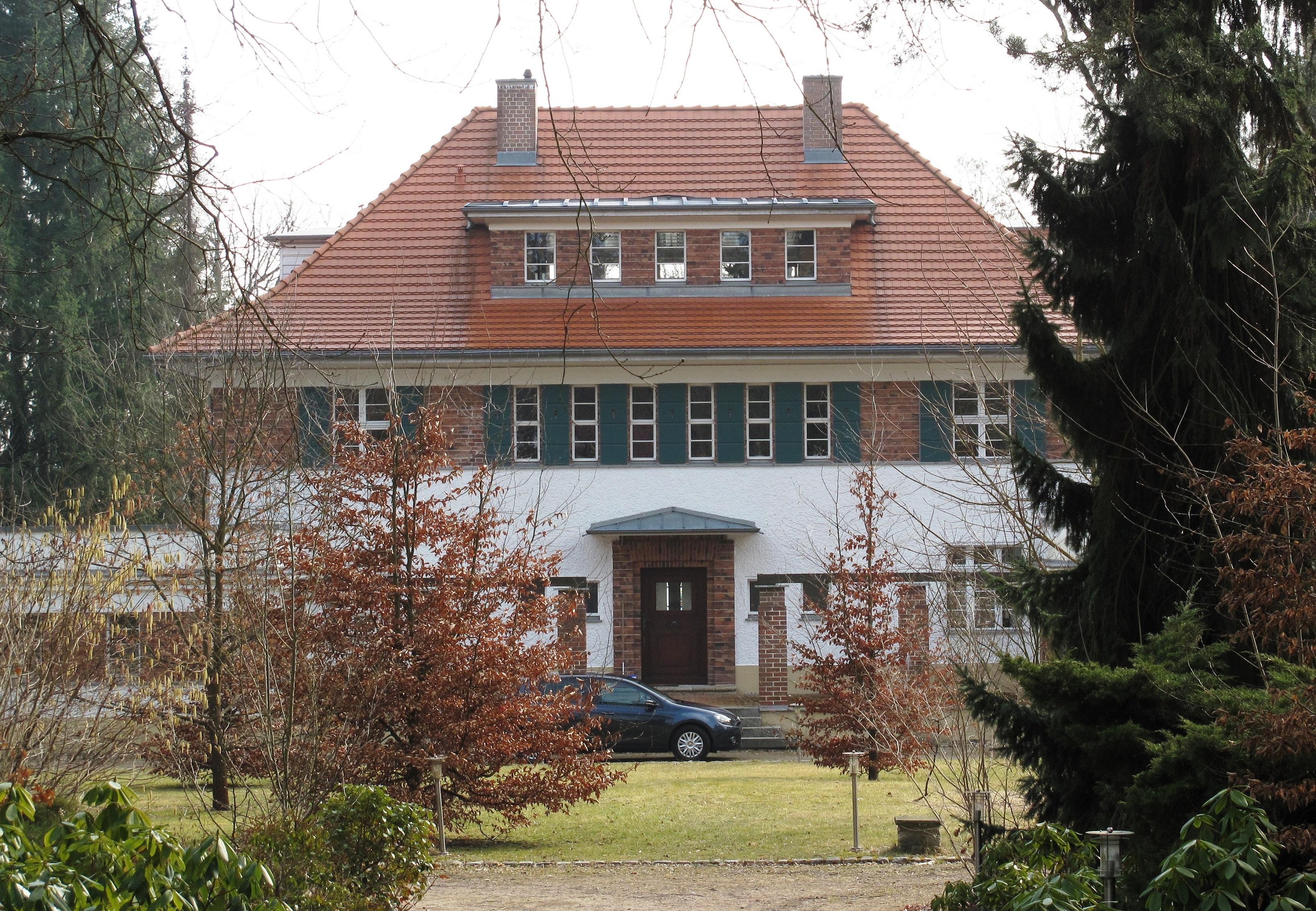 Datei Haus am See Bad Saarow 01 –