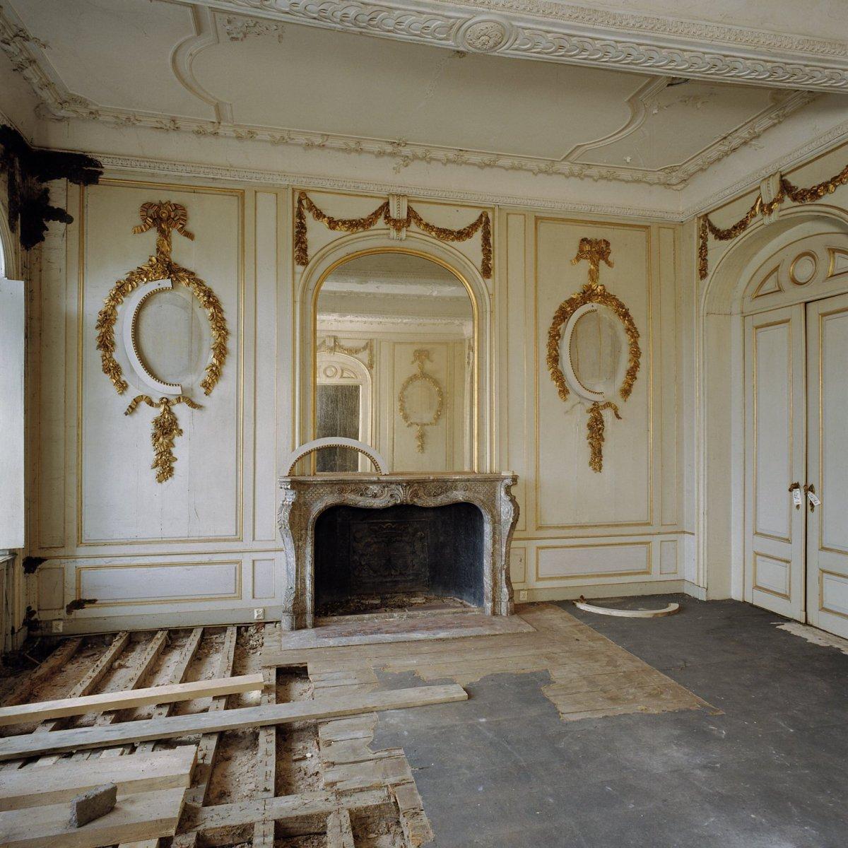 File interieur overzicht linker voorkamer gouden zaal for Interieur foto s
