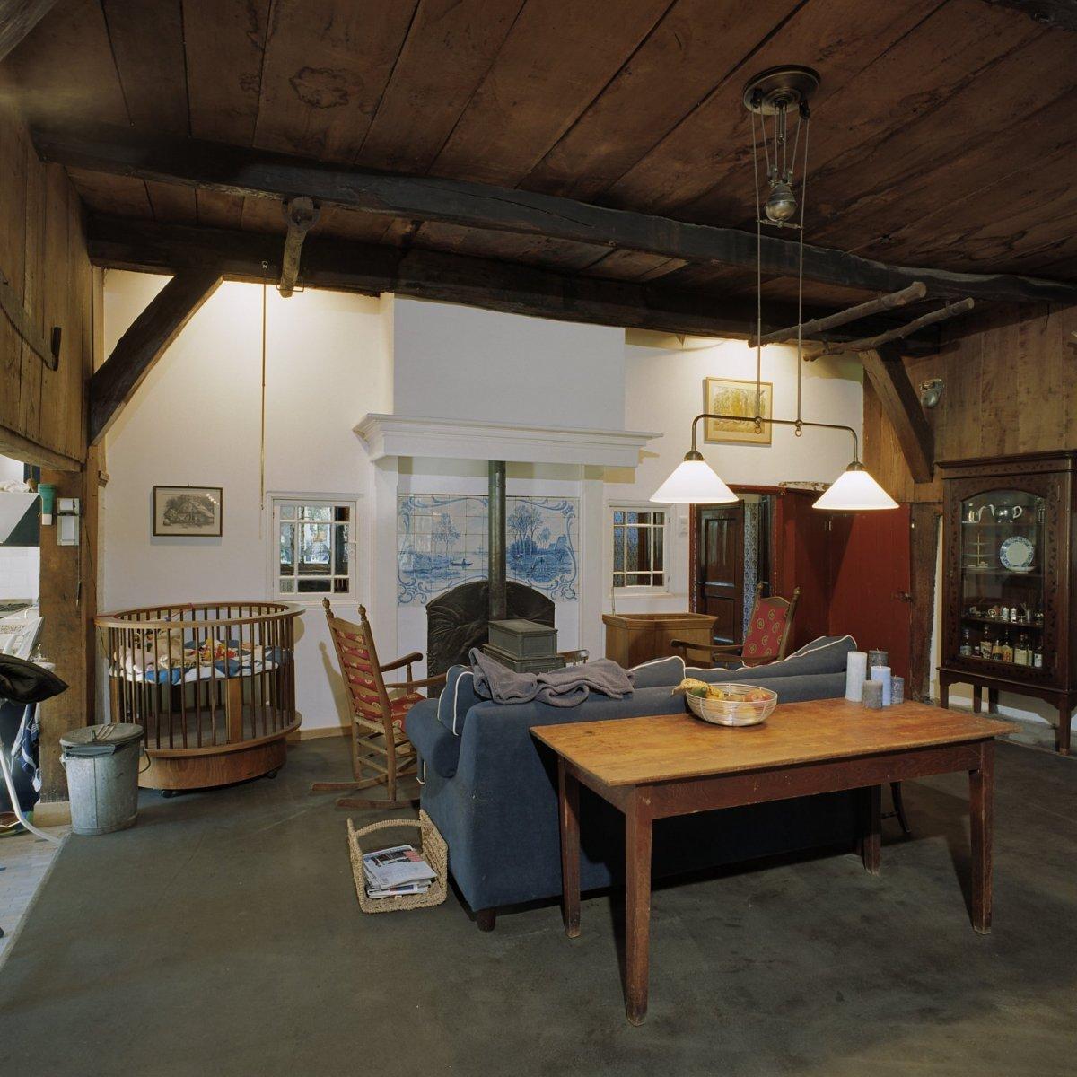 File interieur boerderij overzicht voorkamer enschede for Boerderij interieur