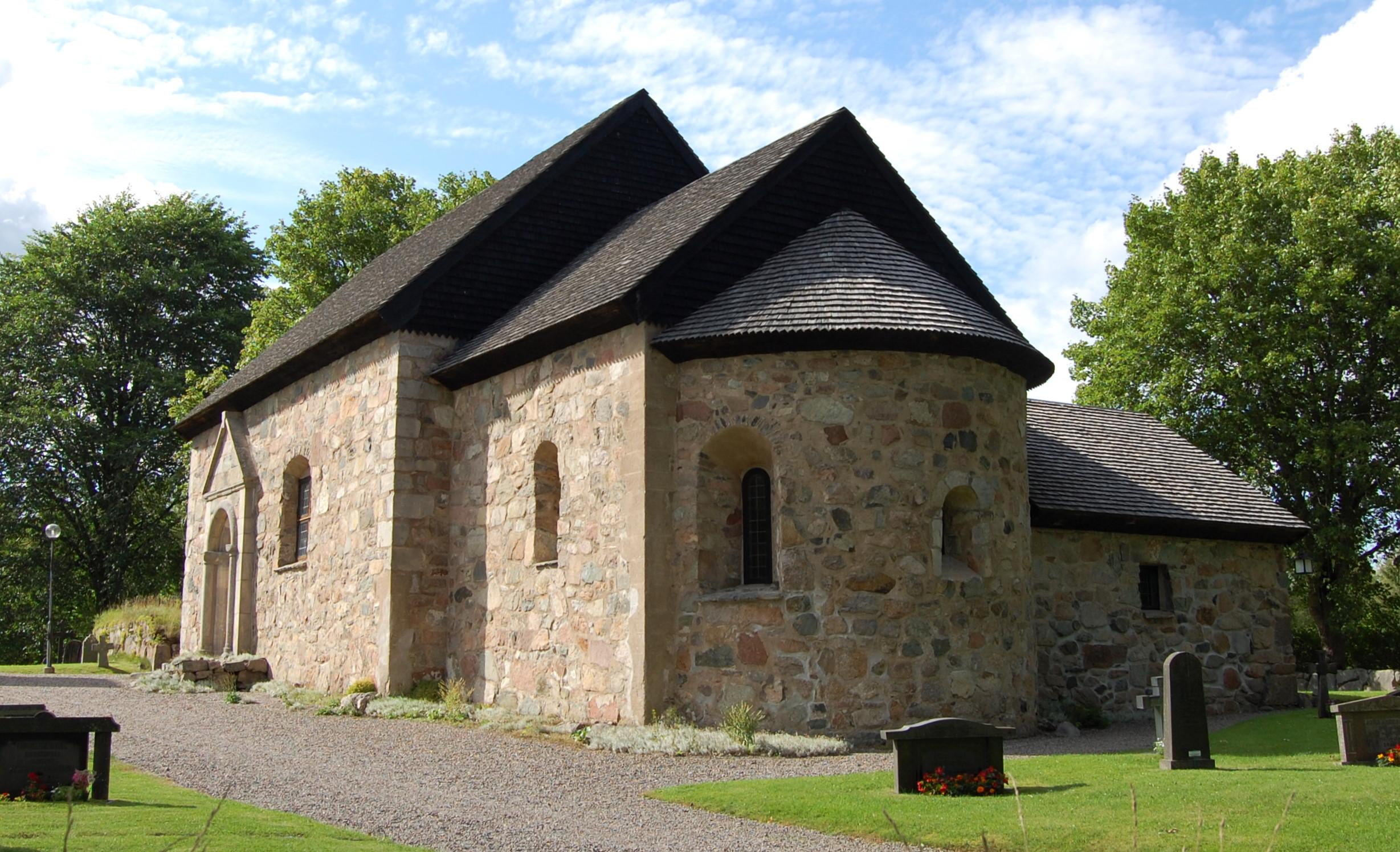 Bild av Hjälmseryds gamla kyrka