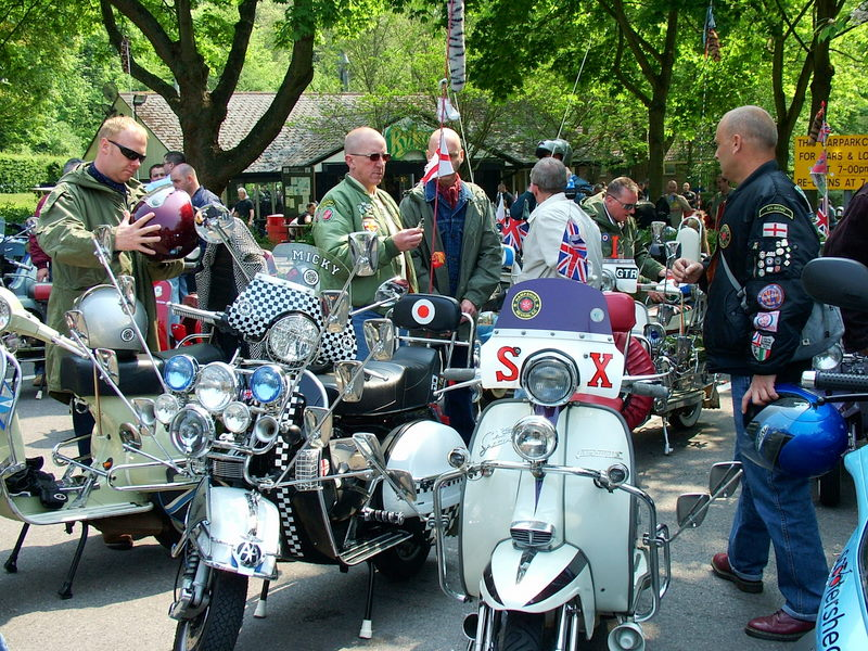 MODs in Box Hill
