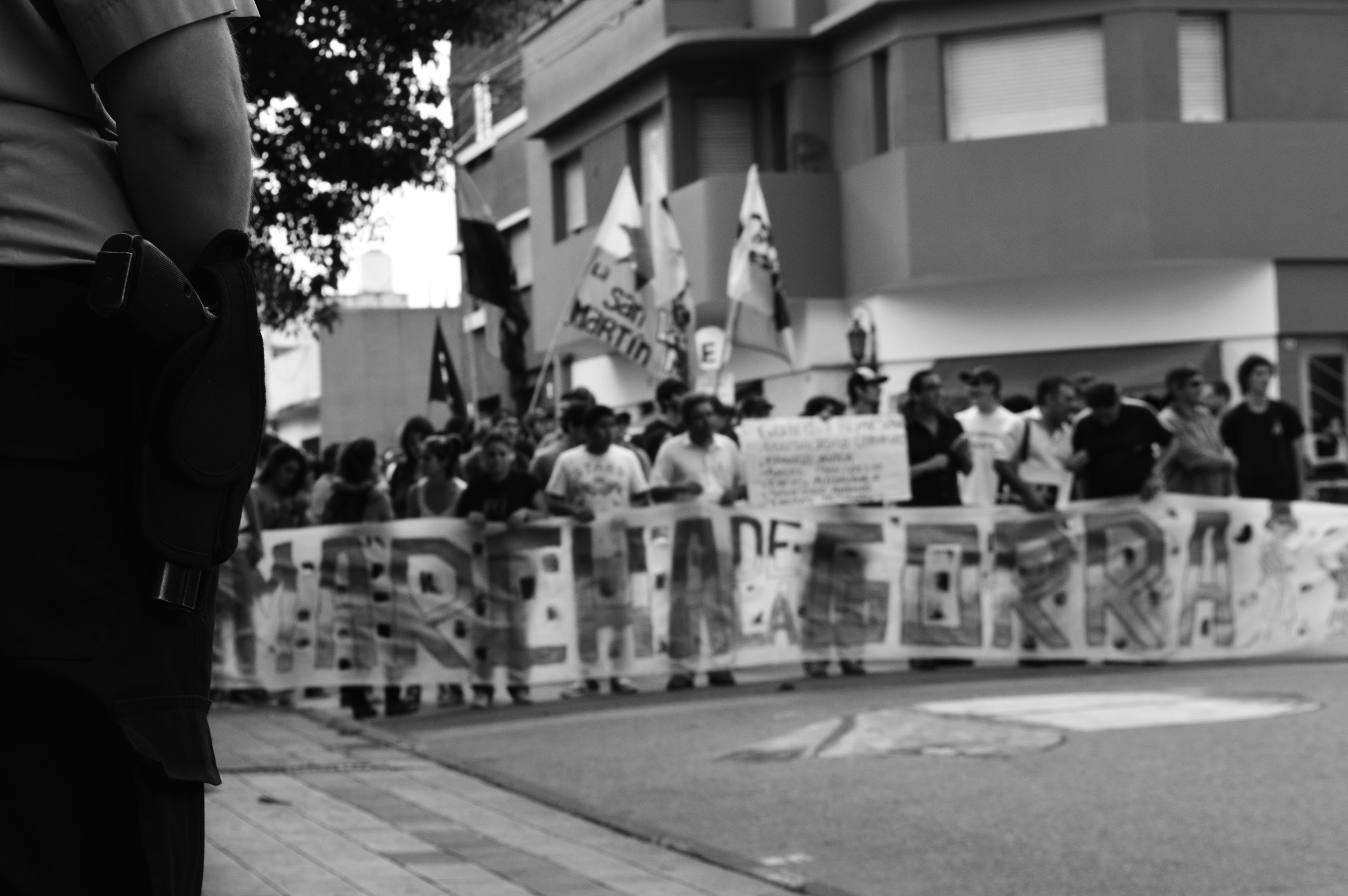 File:Marcha de la gorra 2014 en Río Cuarto - Córdoba 03.jpg ...