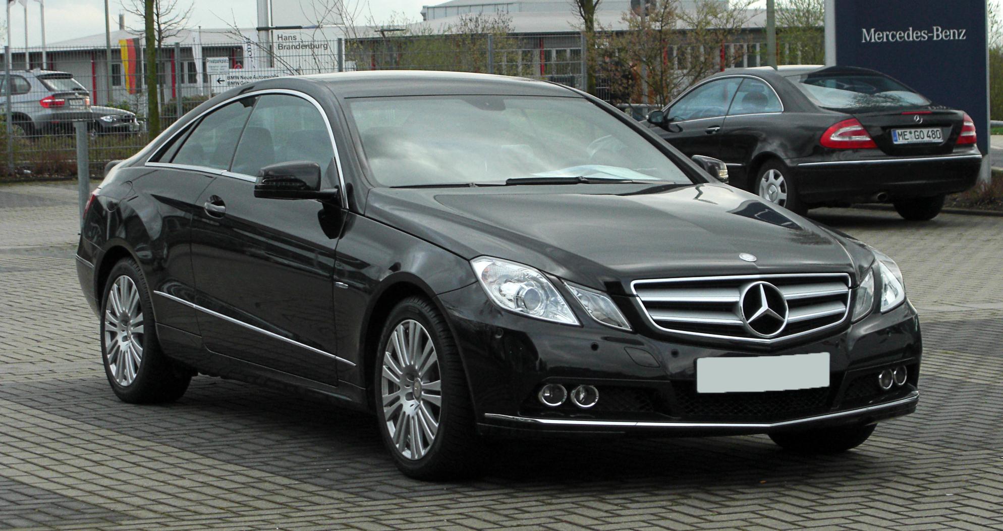 Mercedes E 200 : file mercedes benz e 200 cgi blueefficiency coup c 207 frontansicht 31 m rz 2011 ~ Maxctalentgroup.com Avis de Voitures