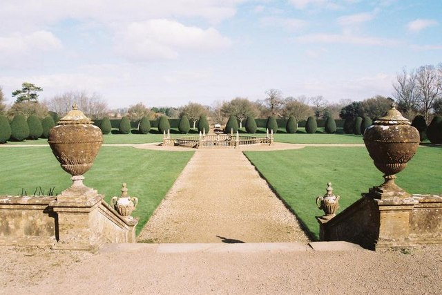 Montacute, Montacute House grounds - geograph.org.uk - 1112416