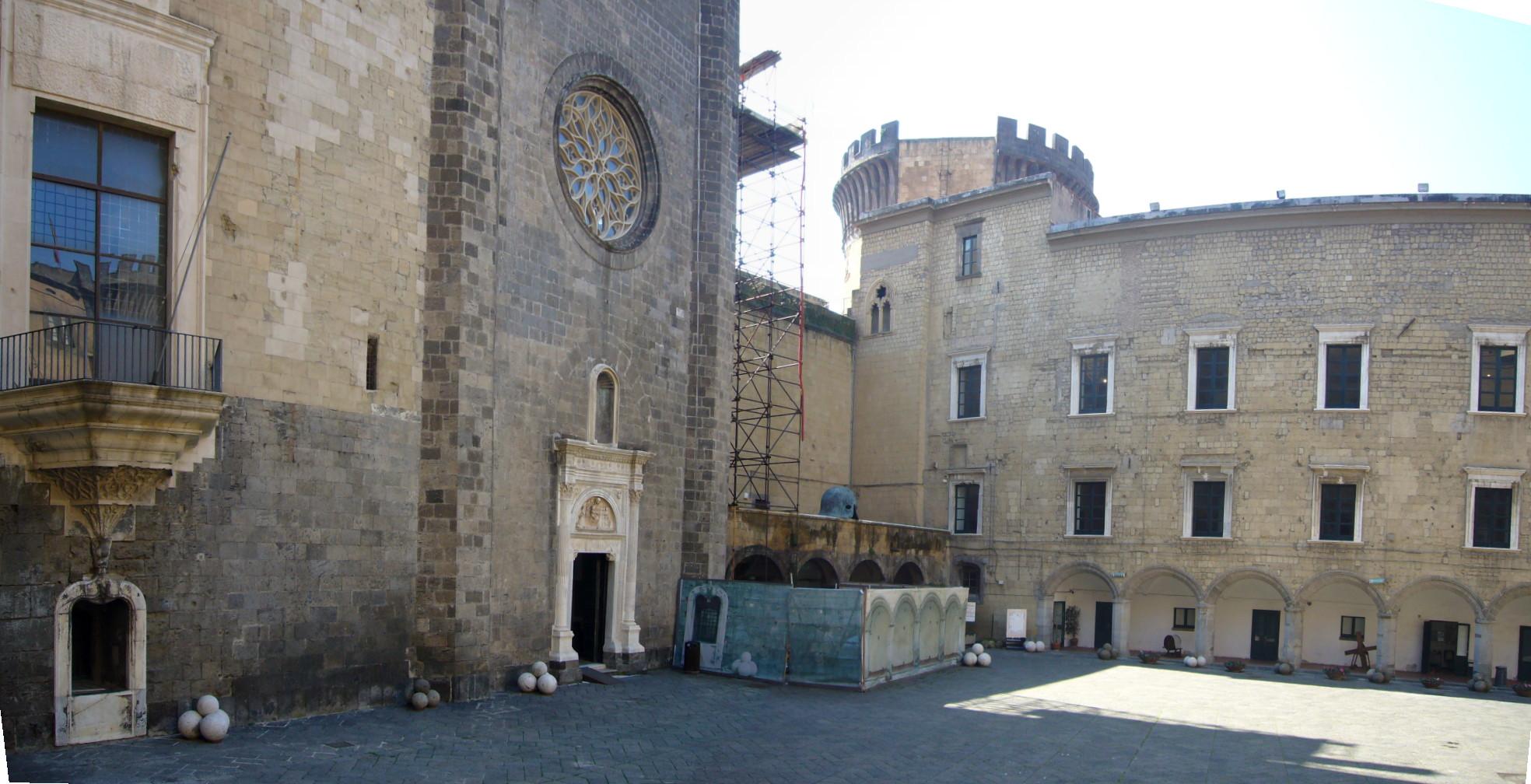 Risultati immagini per castel nuovo napoli