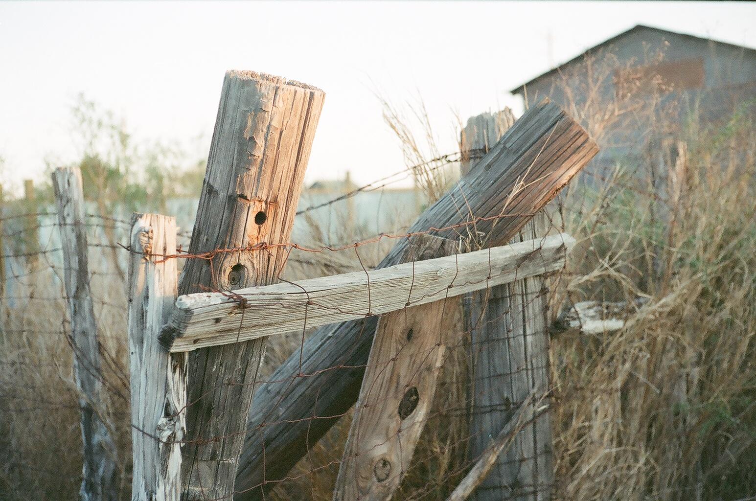 Uncategorized Old Fencing fileold fence post jpg wikimedia commons jpg