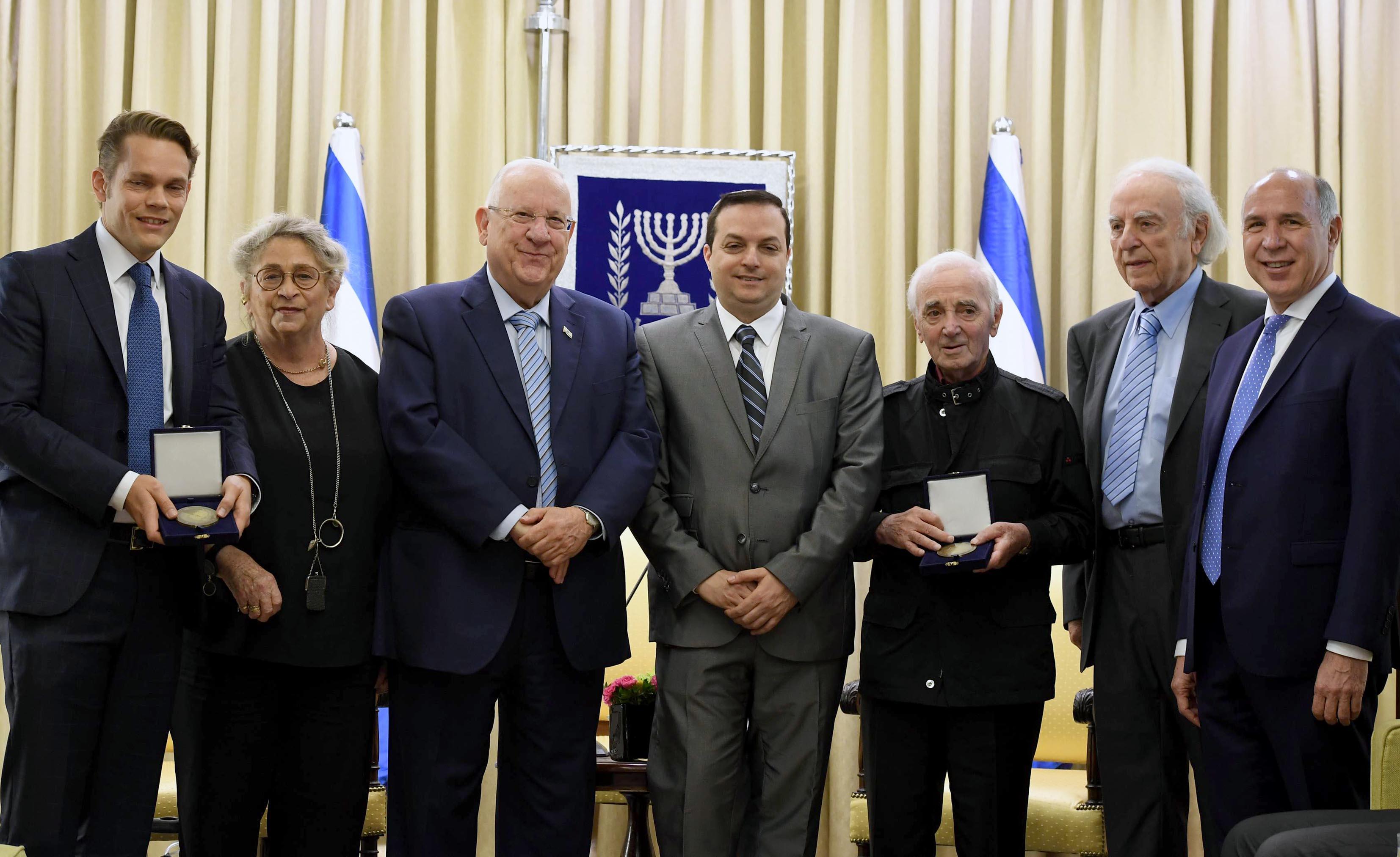 Charles Aznavour The Old Fashioned Way Tradu Ef Bf Bd Ef Bf Bdo