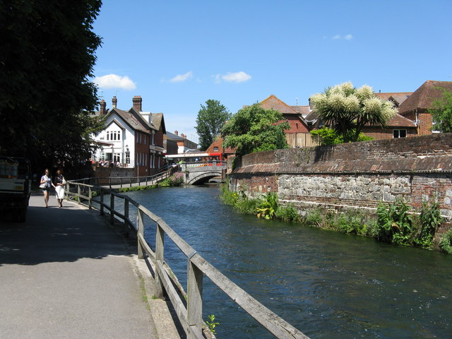 River Itchen, Winchester - geograph.org.uk - 1338812