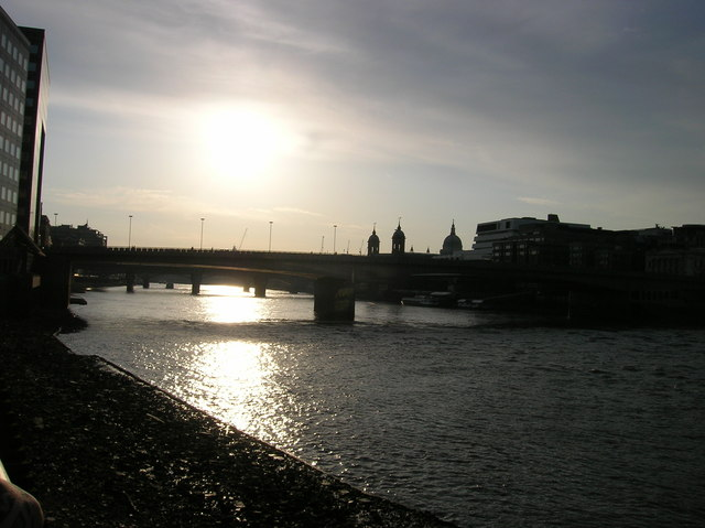 English: River Thames at London Bridge