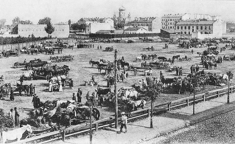 Marché aux chevaux dans le quartier de Praga à Varsovie vers 1900.