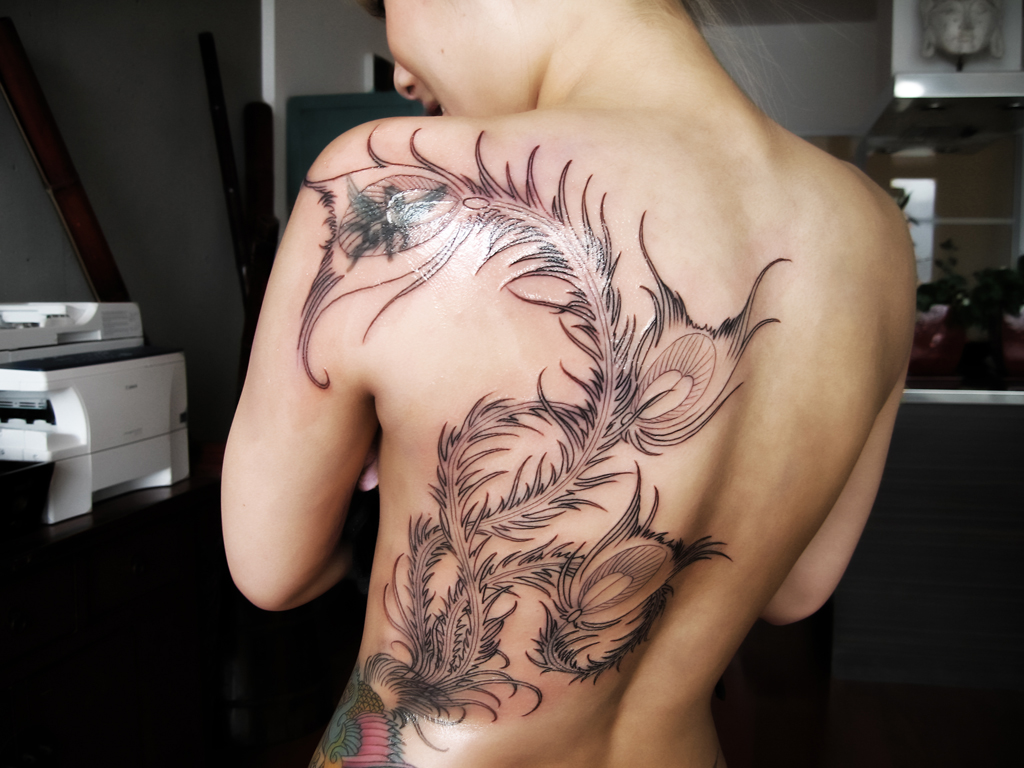 Tatuaggio Folletto Con Girasole Tattoo