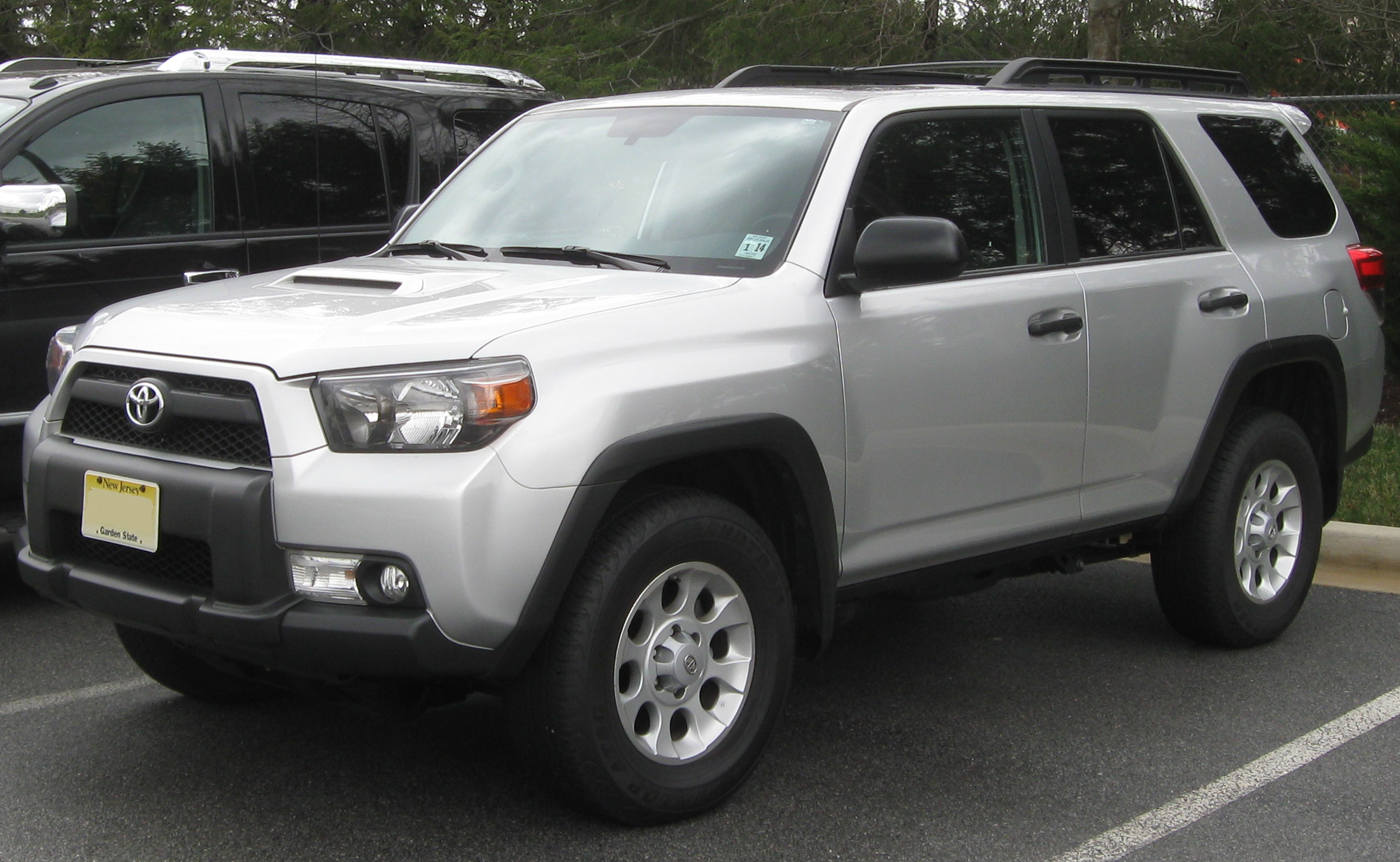 2011 toyota 4 runner. Black Bedroom Furniture Sets. Home Design Ideas
