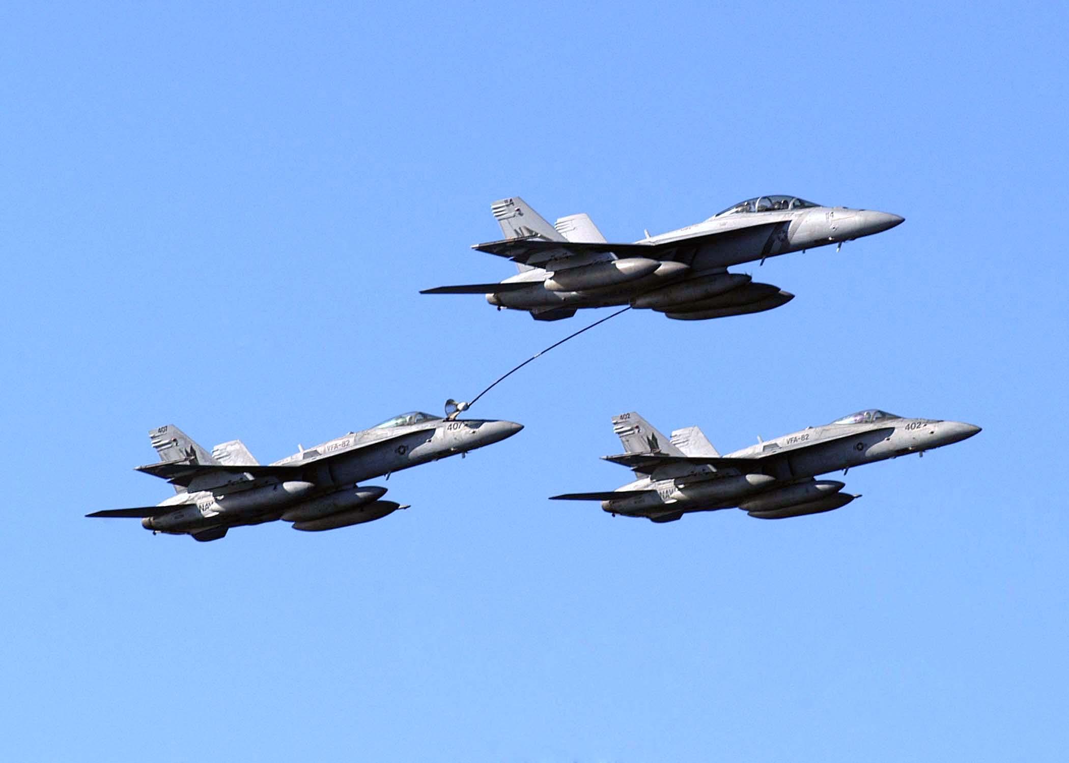 File Us Navy 050220 N 5384b 051 An F A 18f Super Hornet