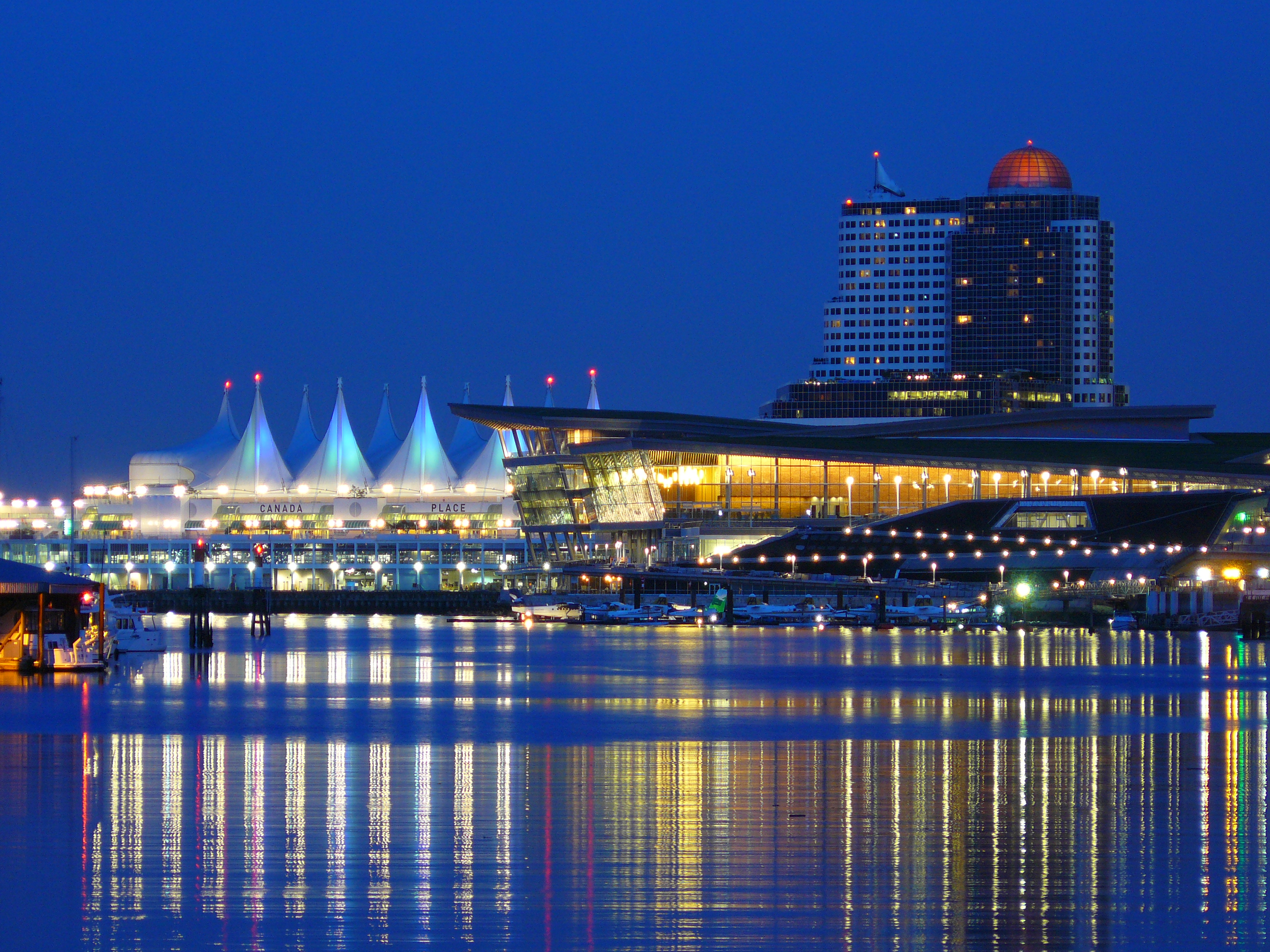 File:VancouverConventionCenter.JPG - Wikimedia Commons