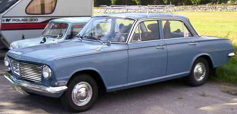 Vauxhall_4-Door_Saloon.jpg