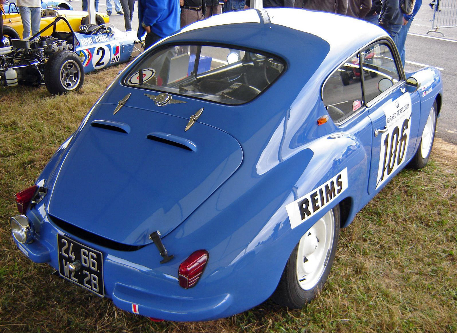 1957_Alpine_A106_Coach_%22Mille_Miles%22.jpg