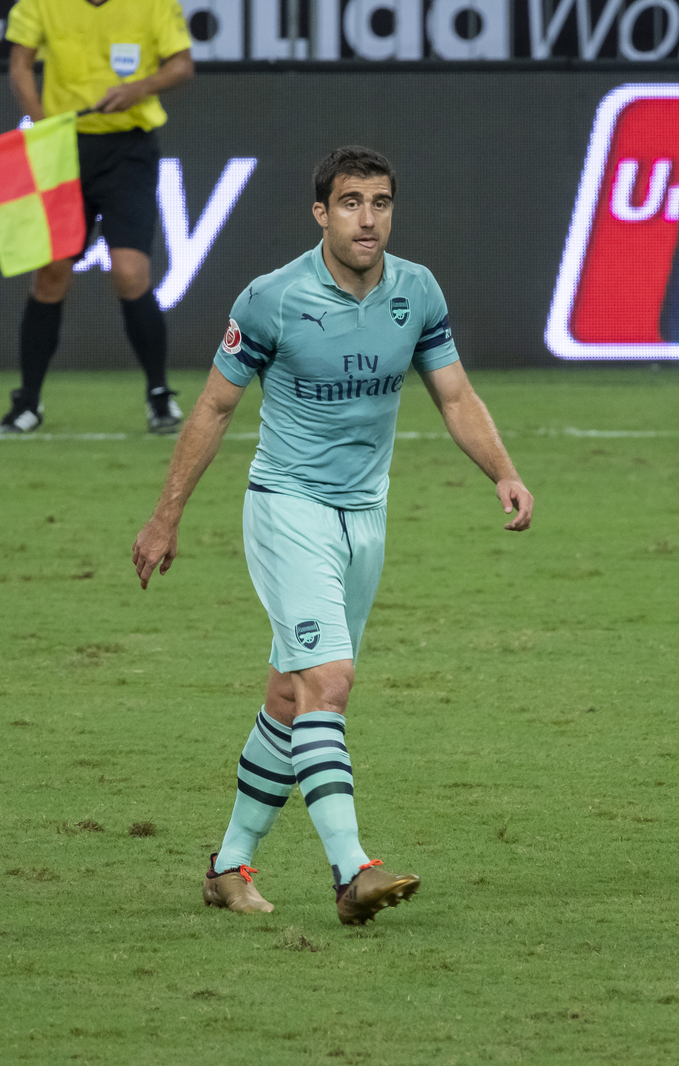 The 30-year old son of father (?) and mother(?) Sokratis Papastathopoulos in 2018 photo. Sokratis Papastathopoulos earned a  million dollar salary - leaving the net worth at 9 million in 2018