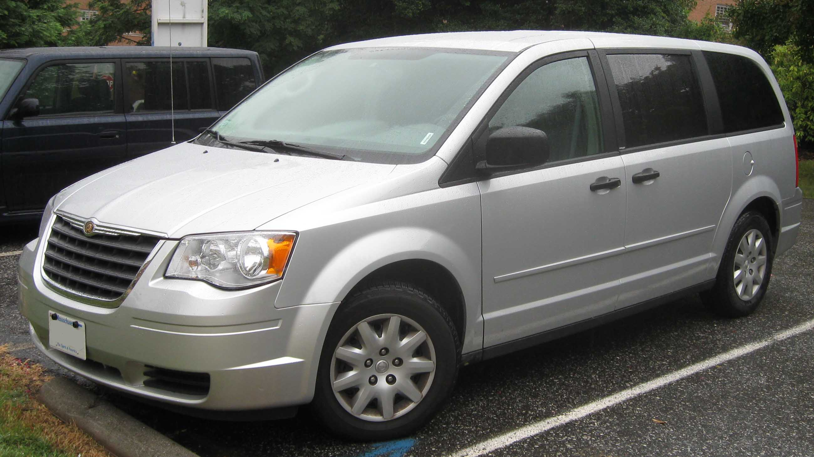 chrysler town country:
